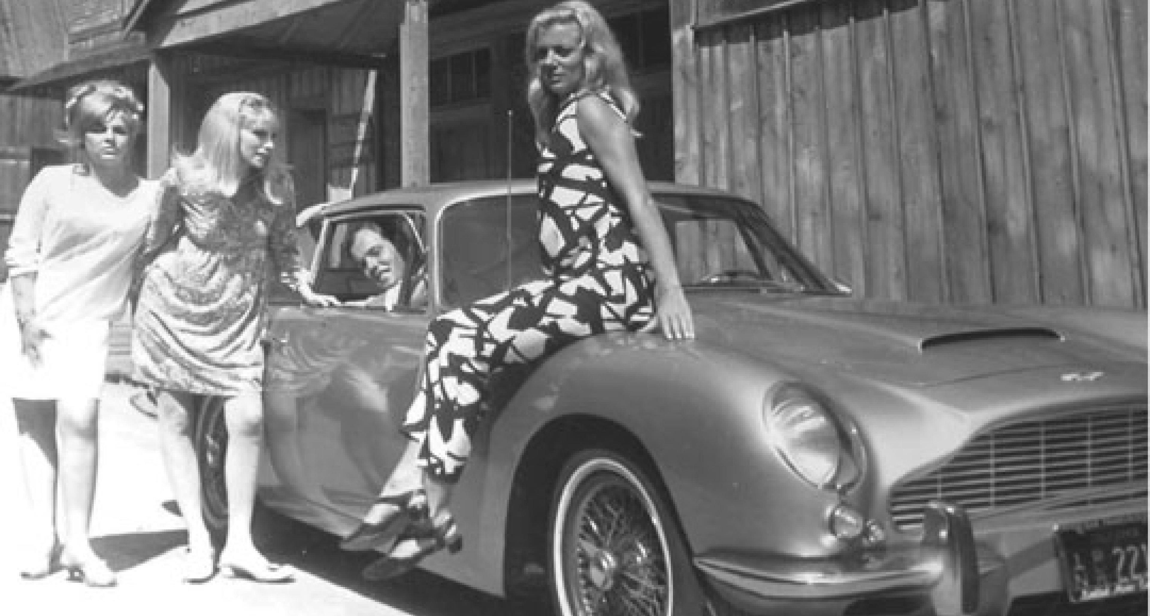 Aston Martin DB5: James Bond Promotion Tour 1964 (1)