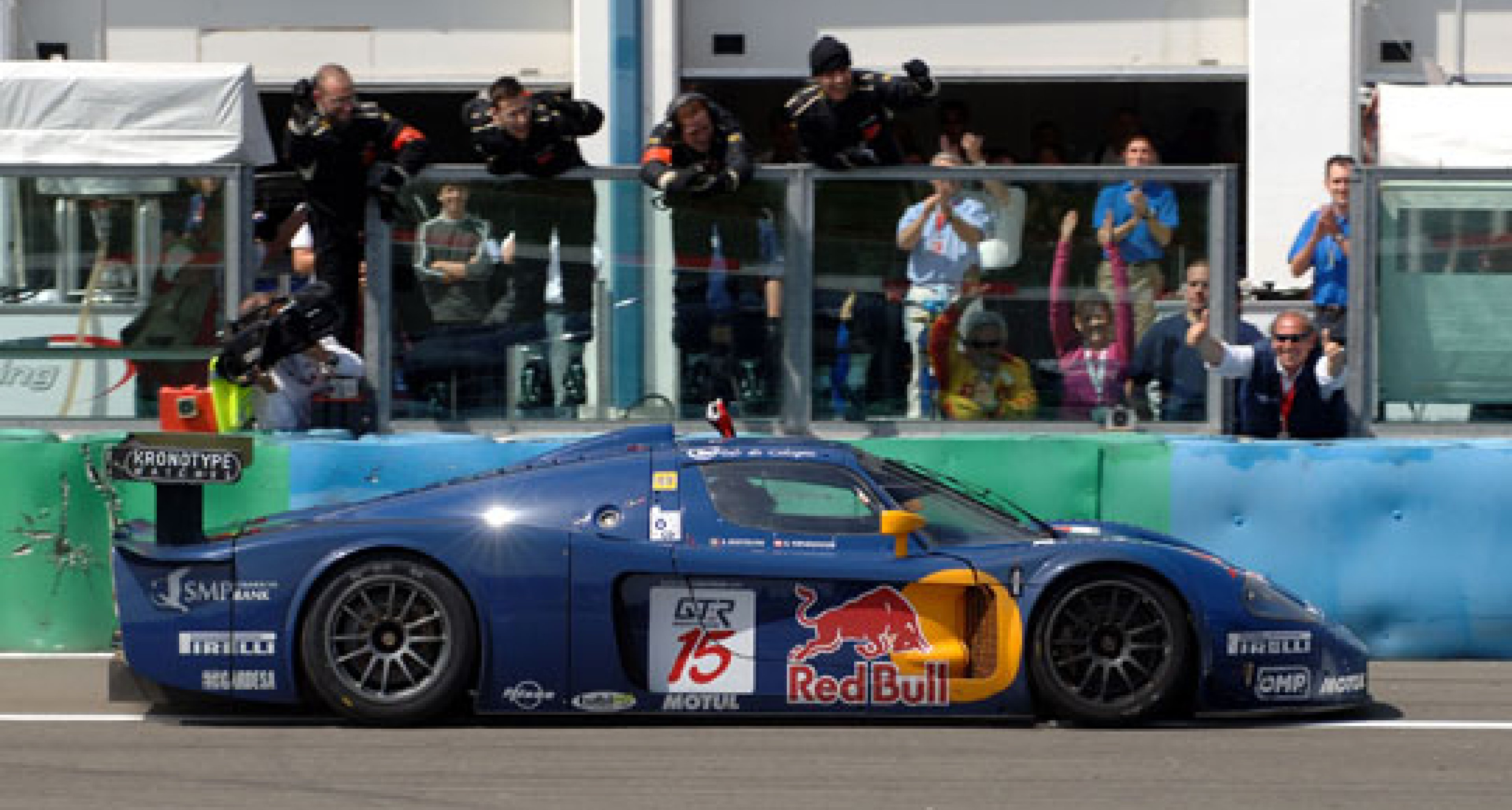 FIA GT at Magny Cours