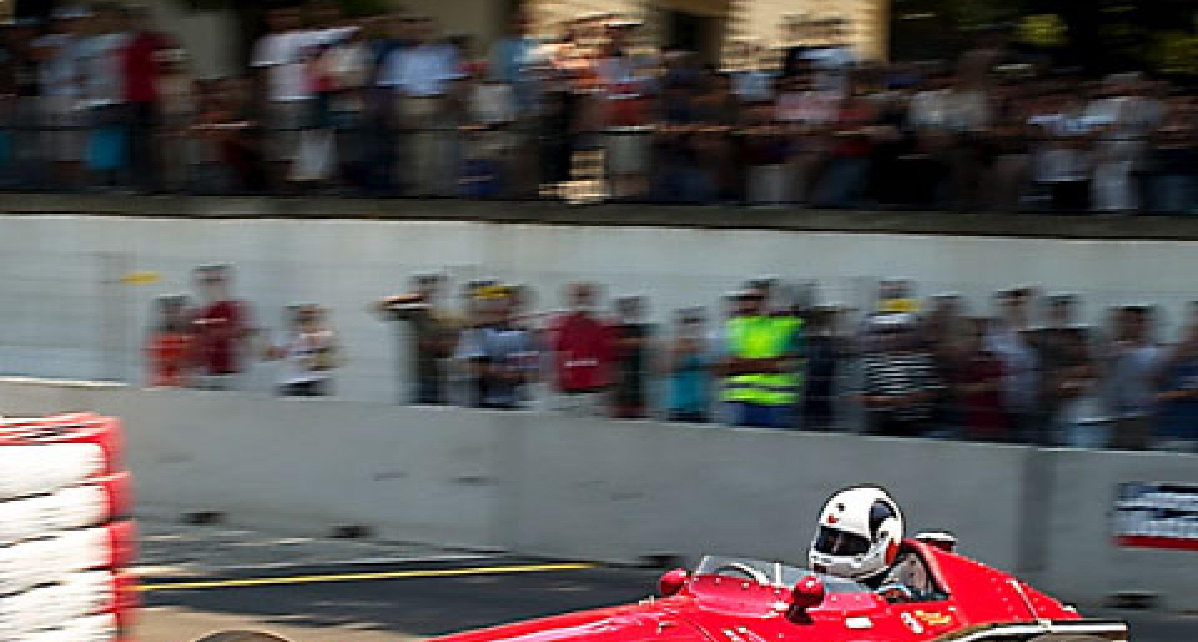 Monaco auf Portugiesisch