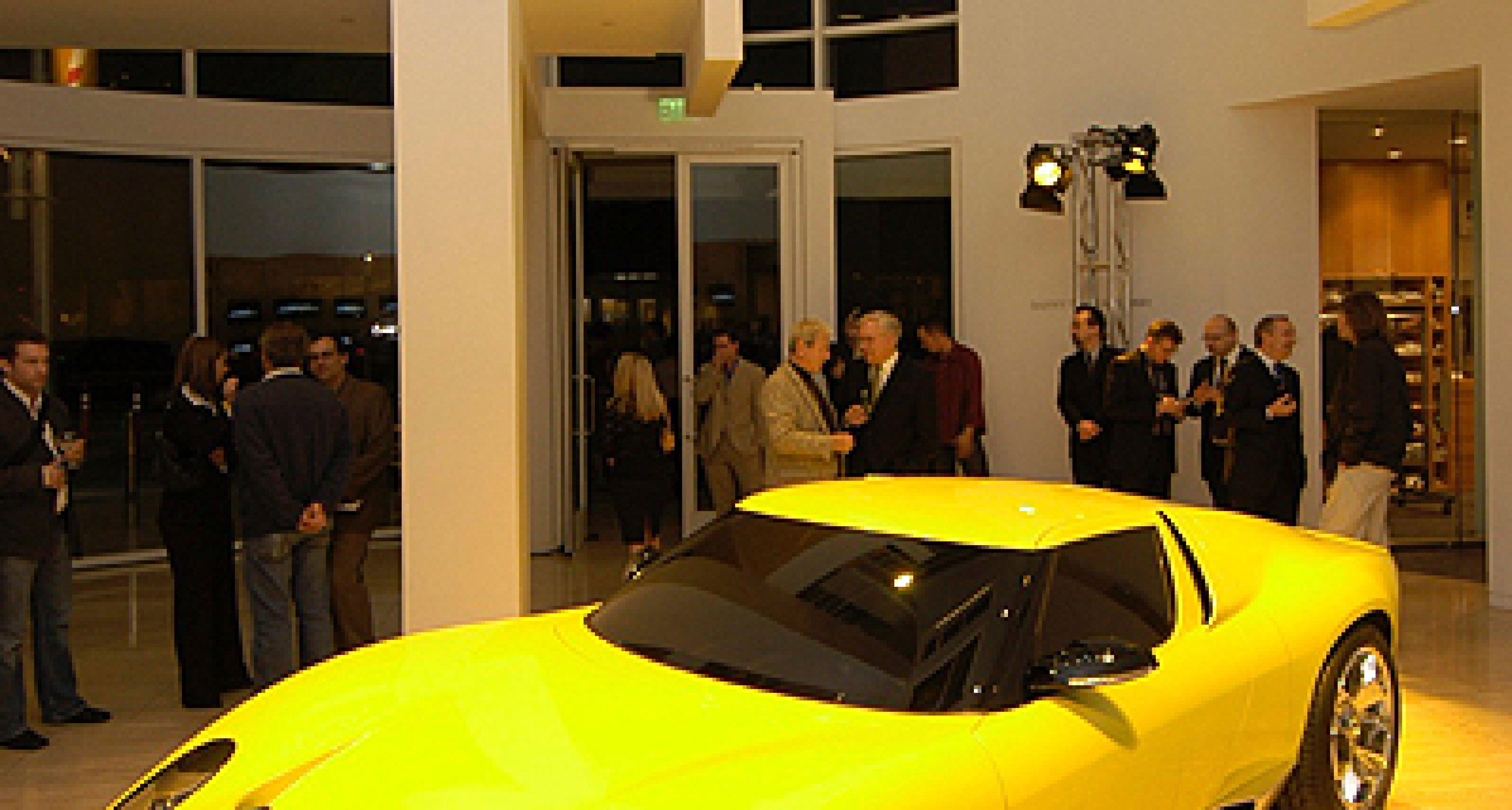 Lamborghini Miura Concept feiert Debüt in LA