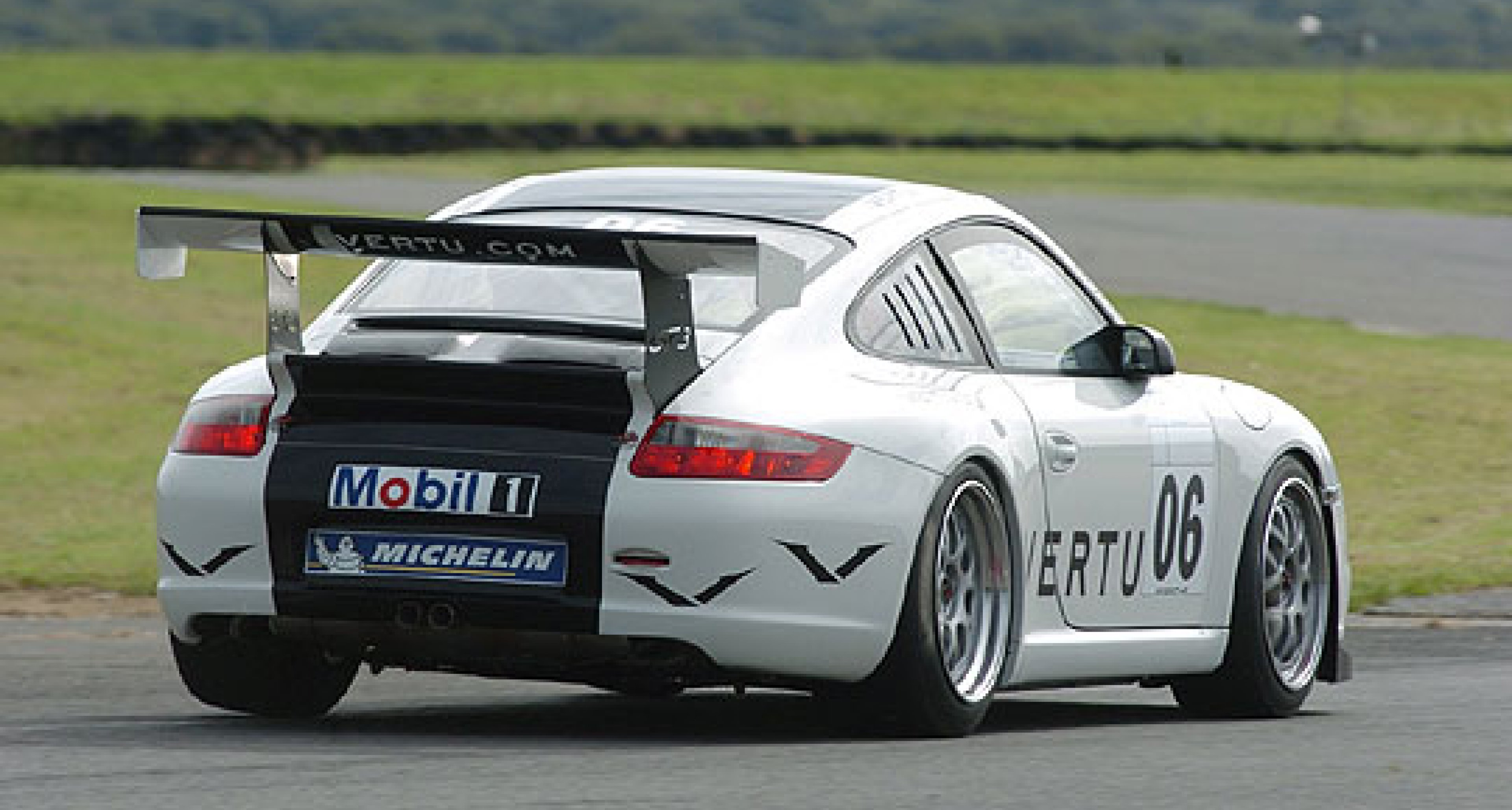 Vertu Forms Partnership with Porsche Carrera Cup GB