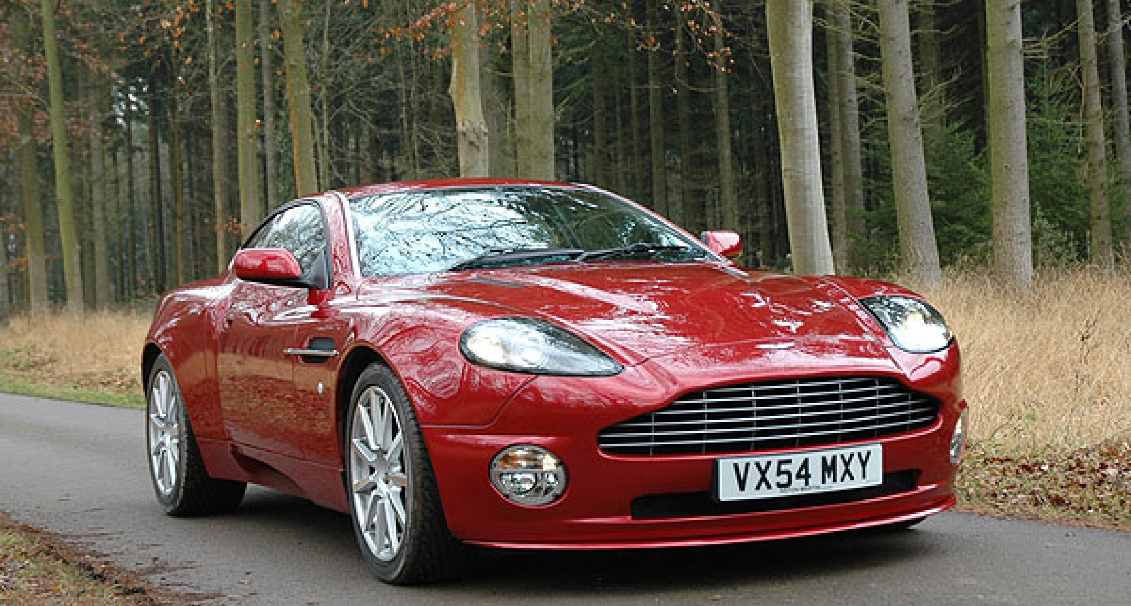 Aston Martin Vanquish S ...