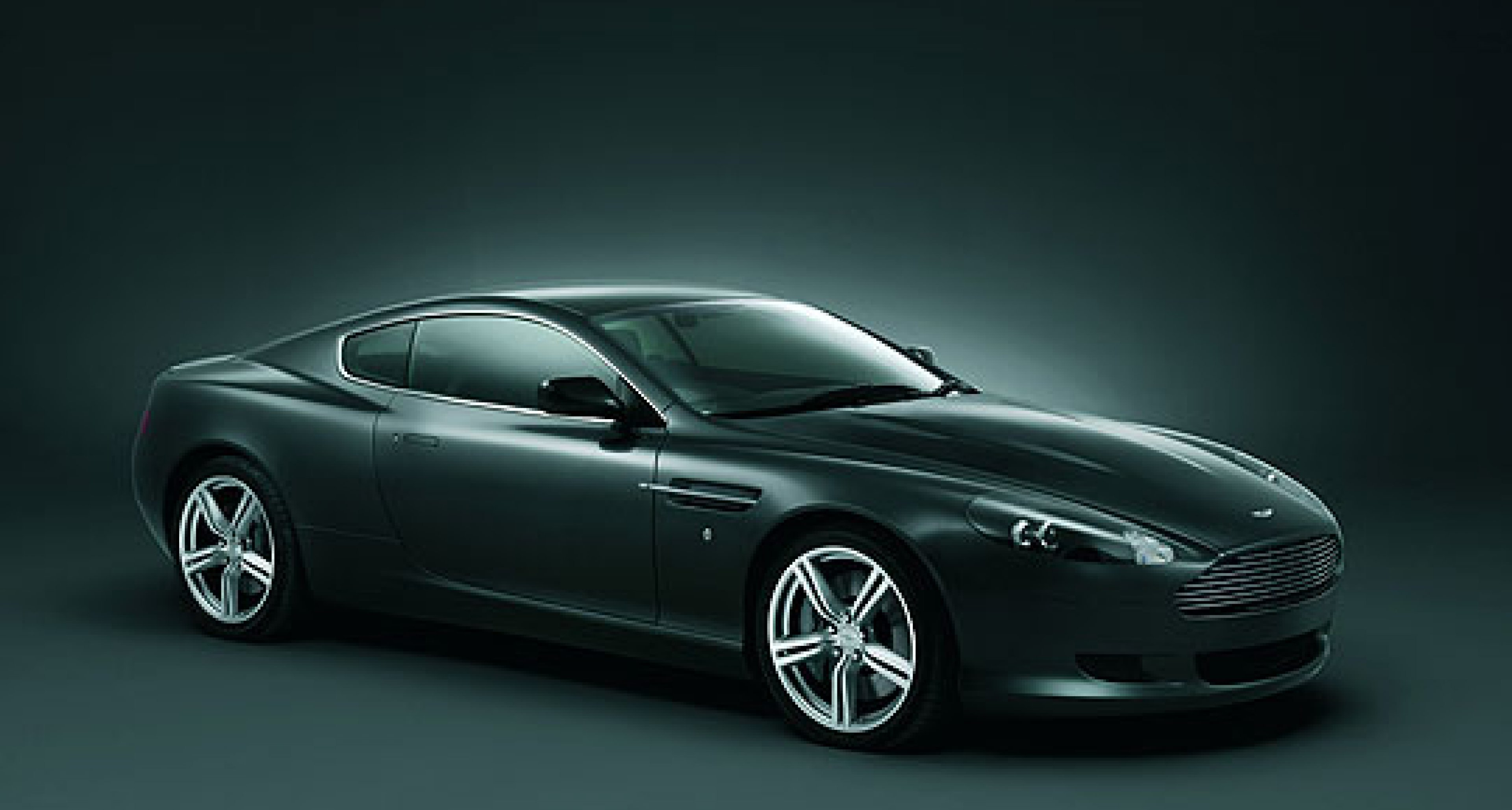 Aston Martin DB9 Coupe goes sporty