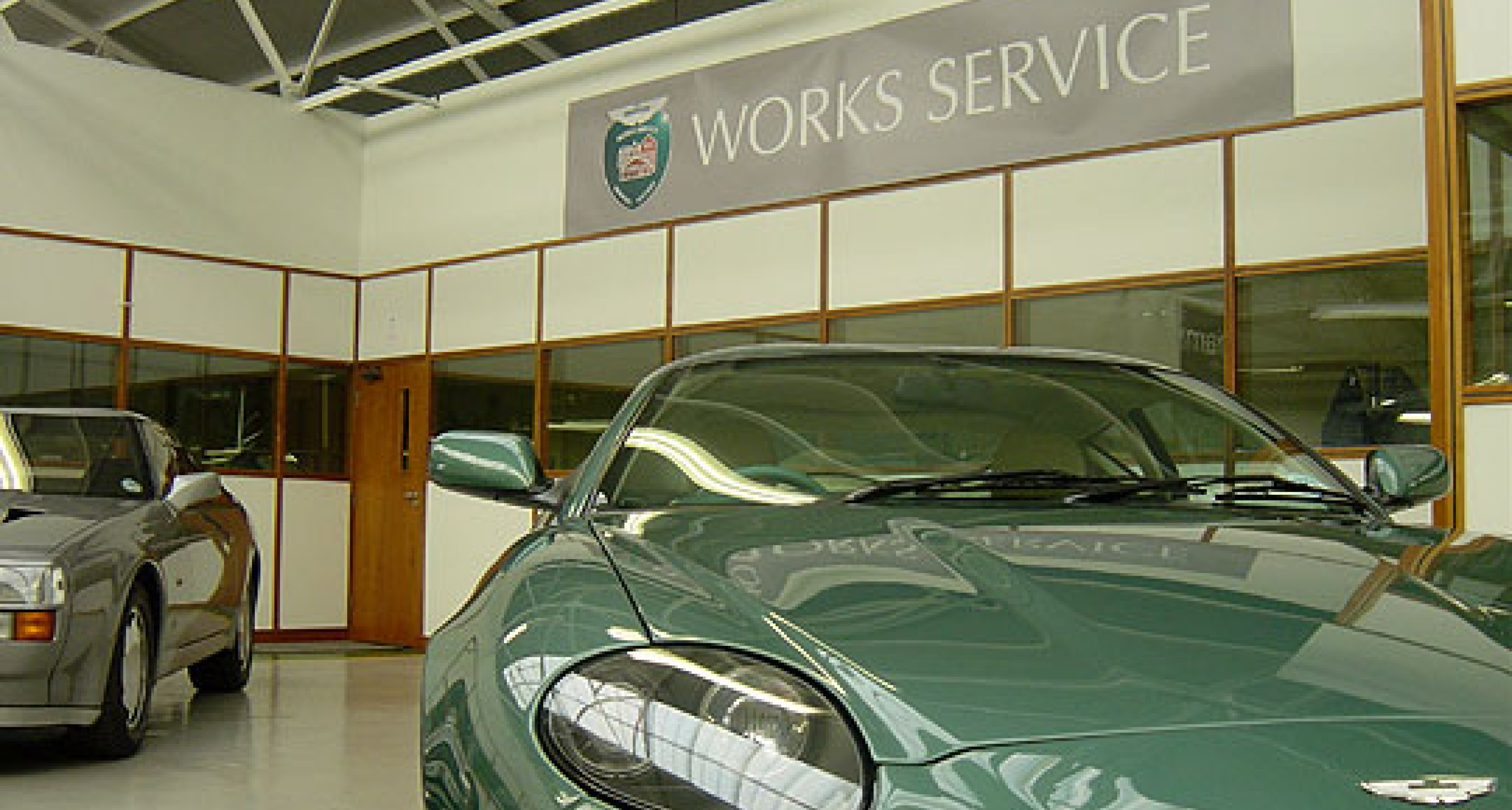 Bonhams Aston Martin Sale at Newport Pagnell -  13th May 2006 - Review