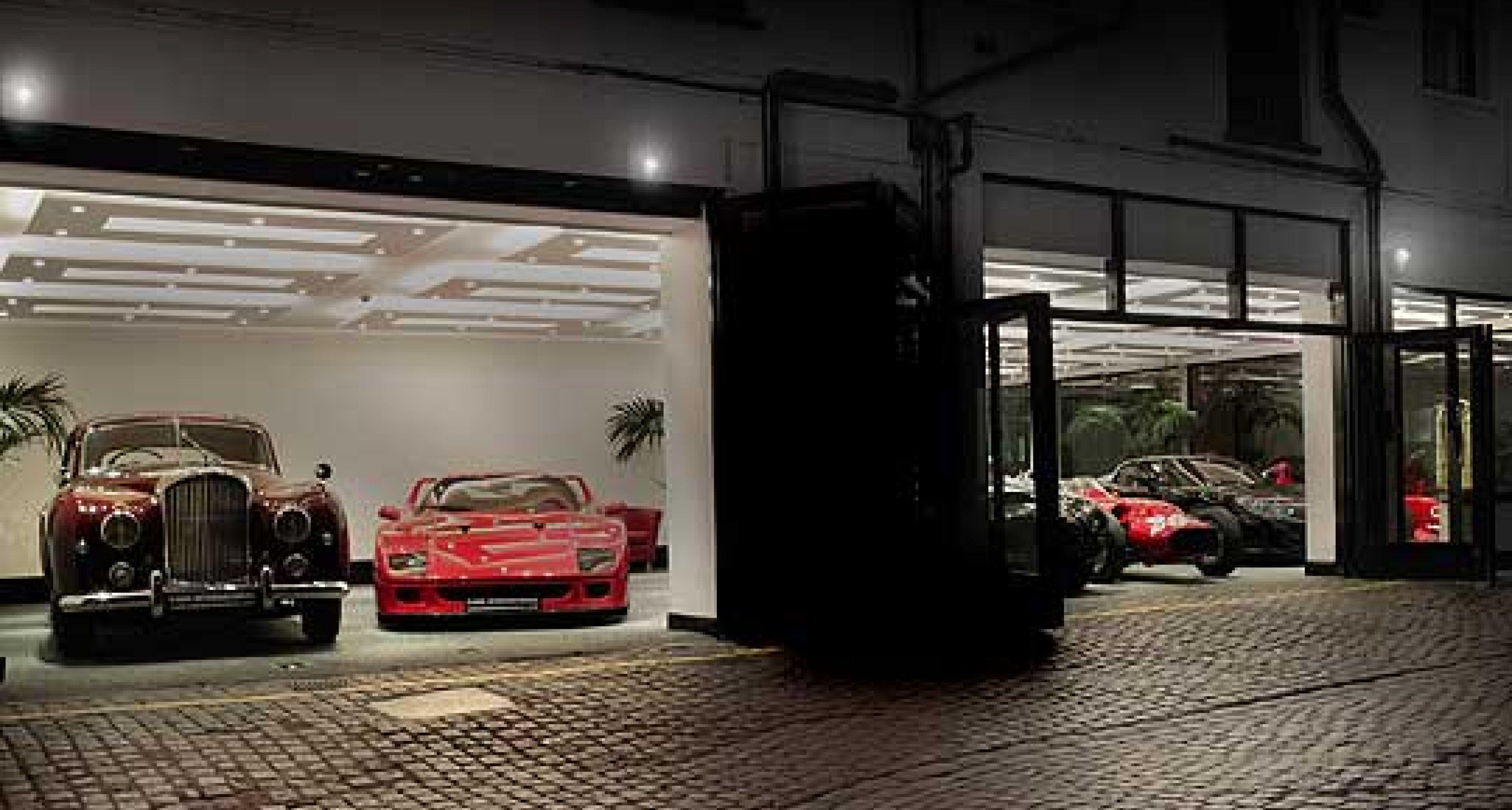 Classic Driver Dealer: Cars International