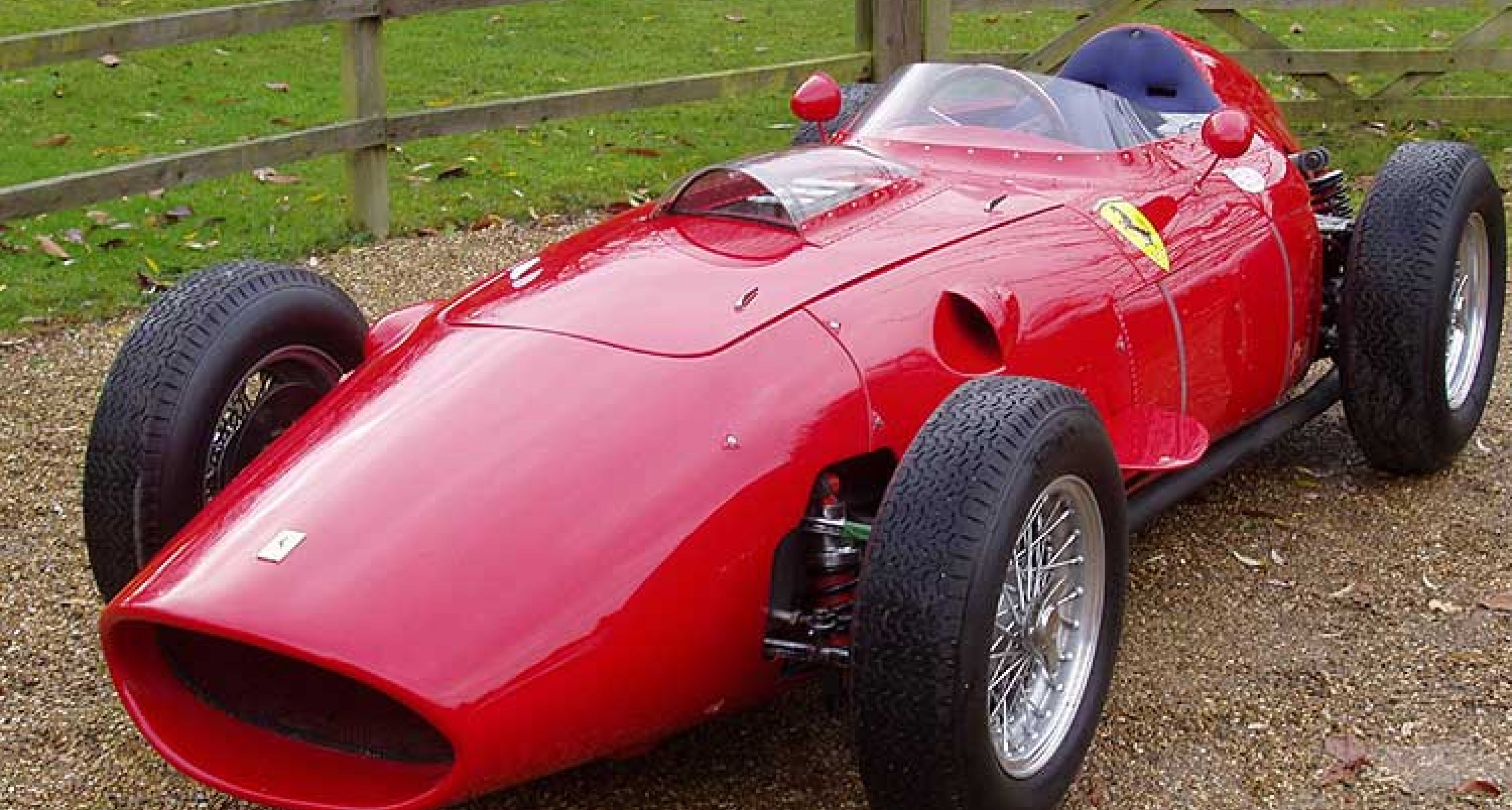 Classic Driver Dealer: Duncan Hamilton & Co