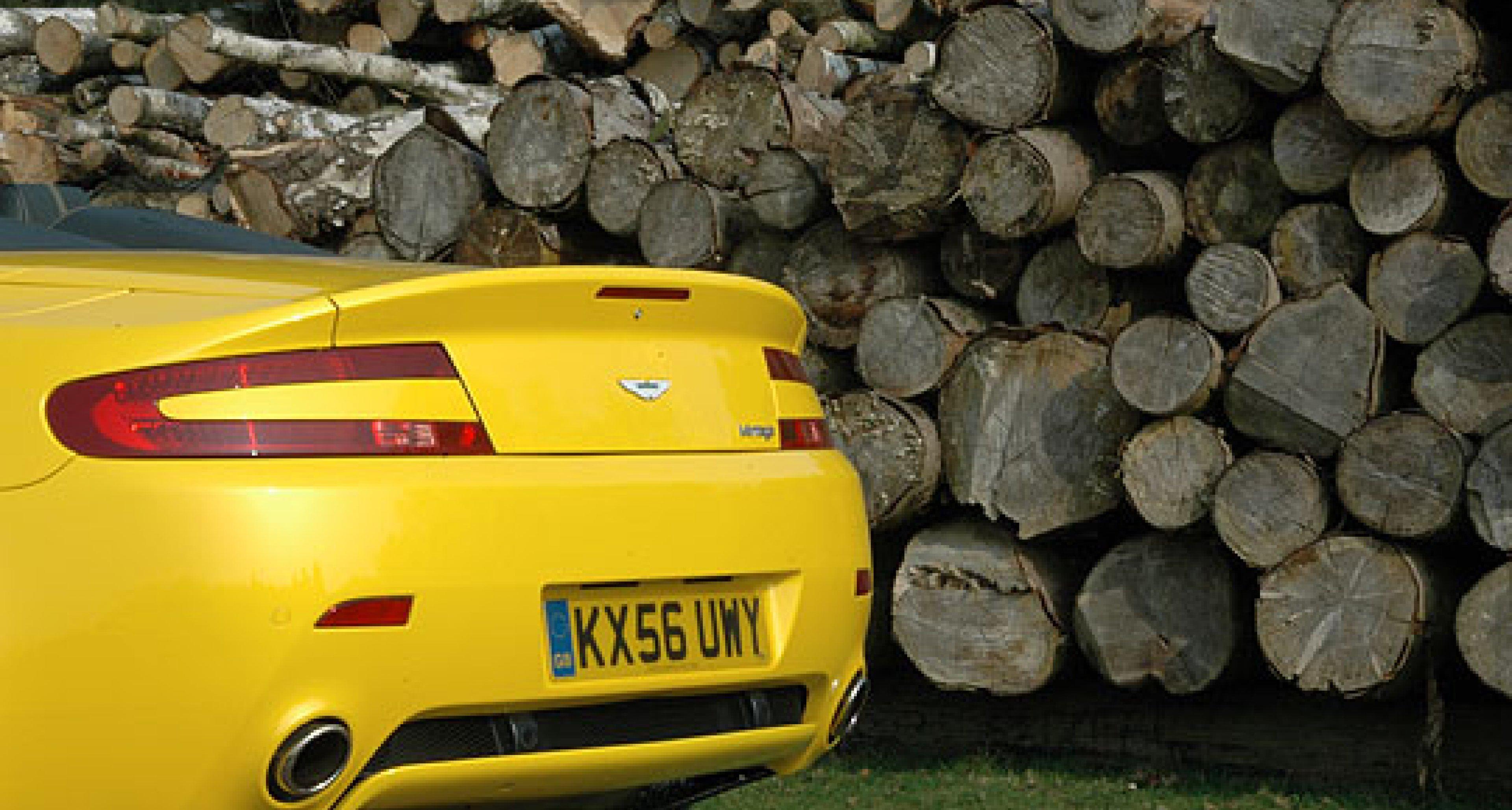 Aston Martin V8 Roadster Sportshift