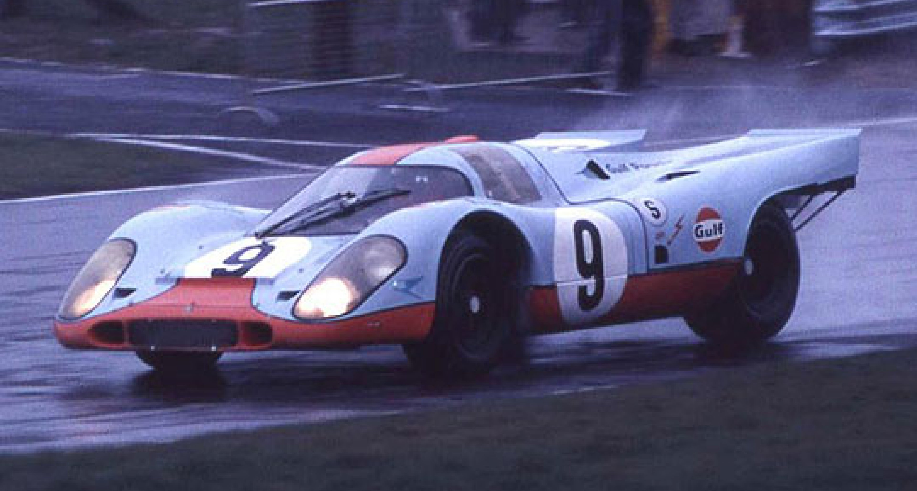 Action-packed Historic Race Festival at Brands Hatch