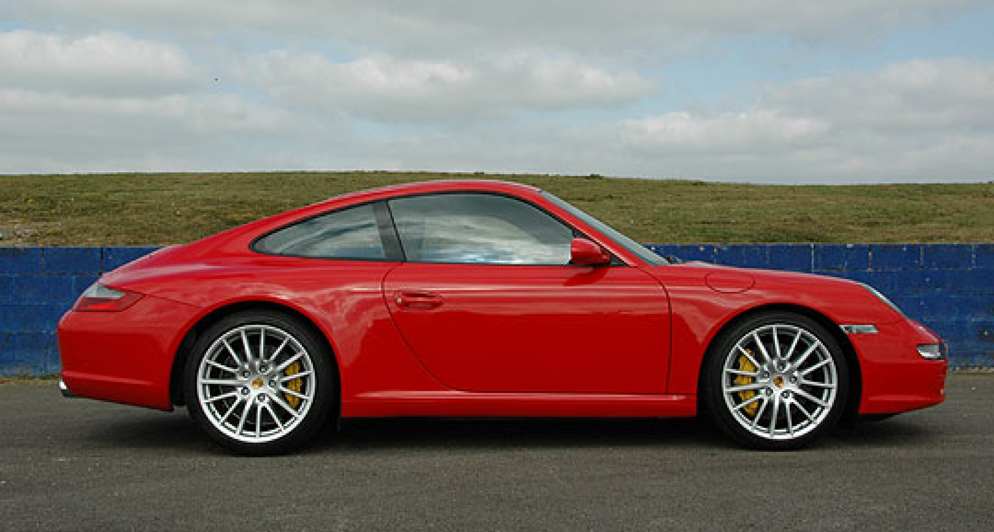 Driving the 2007 Supercar Tour in a Porsche 911 Carrera