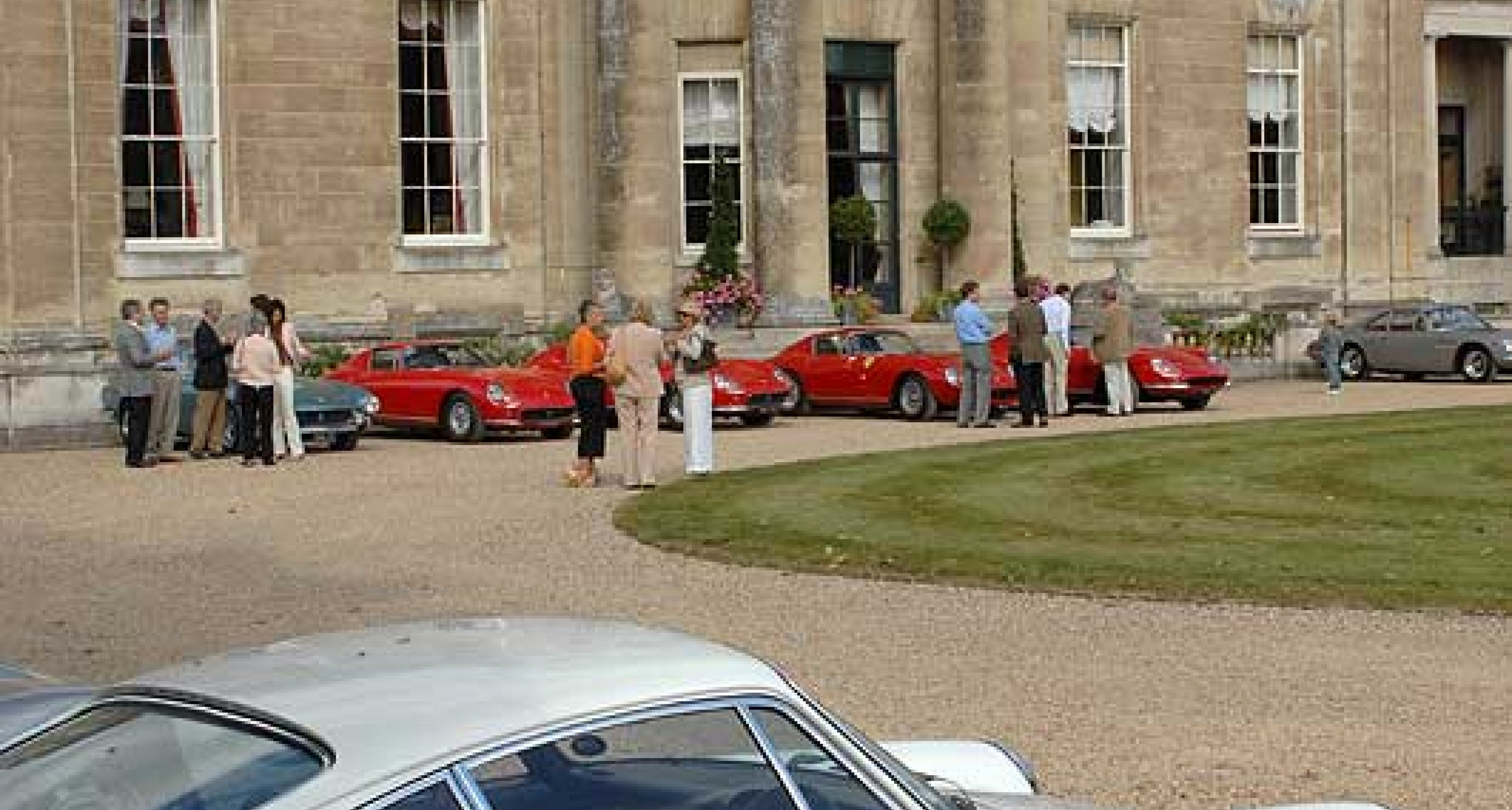 Fine classic cars at Tyringham Hall - September 2007