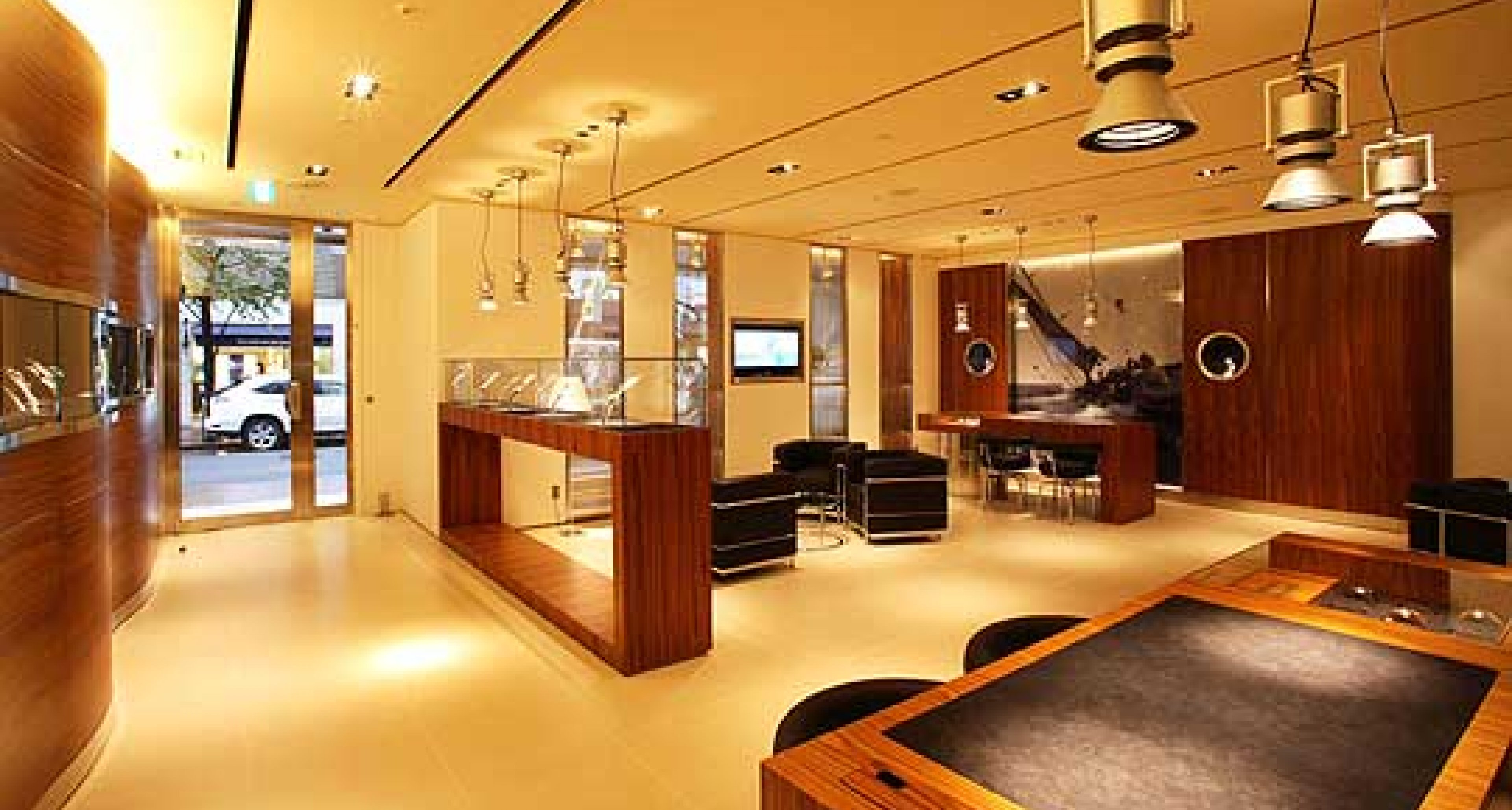 Panerai Opens New Stores Worldwide