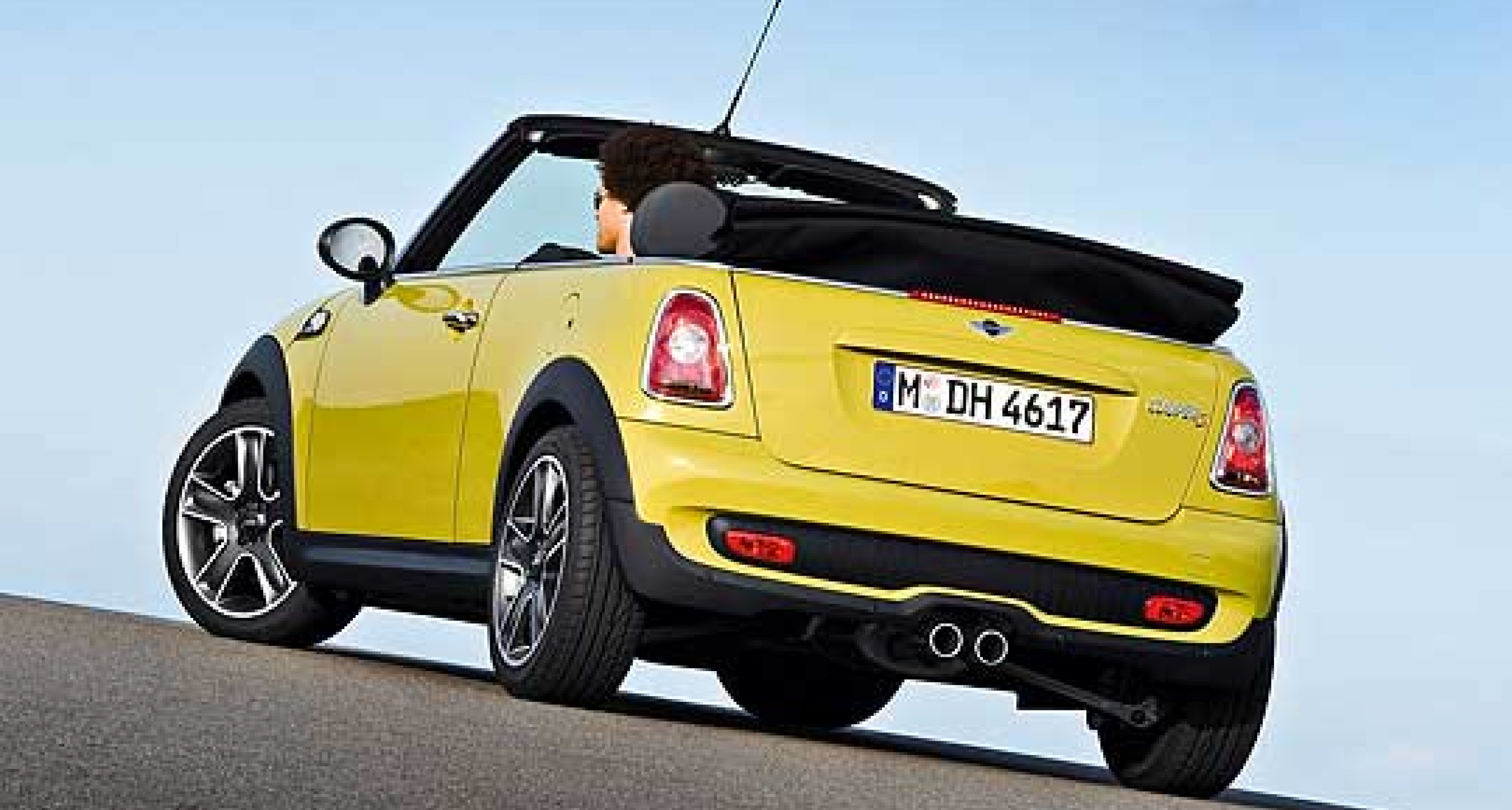 New MINI Convertible Arrives in Spring