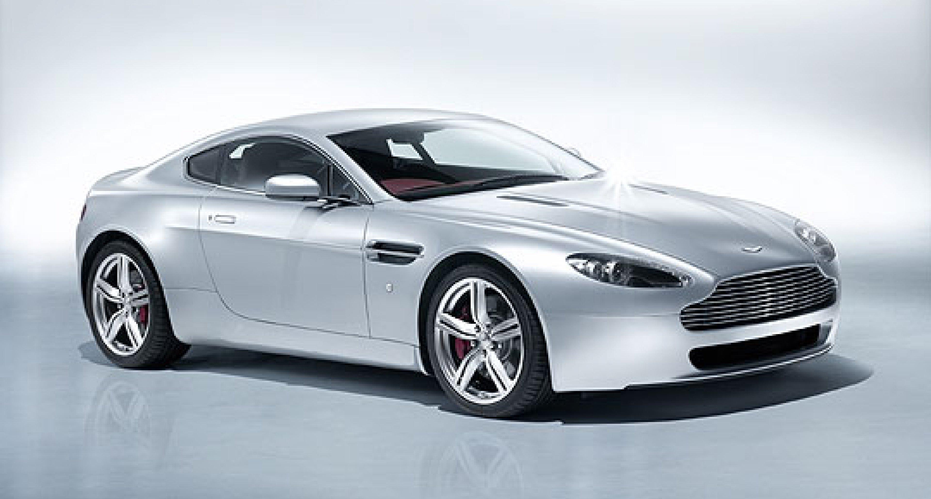 Aston Martin V8 Vantage: Leistungs-Kuren für Motor und Fahrwerk