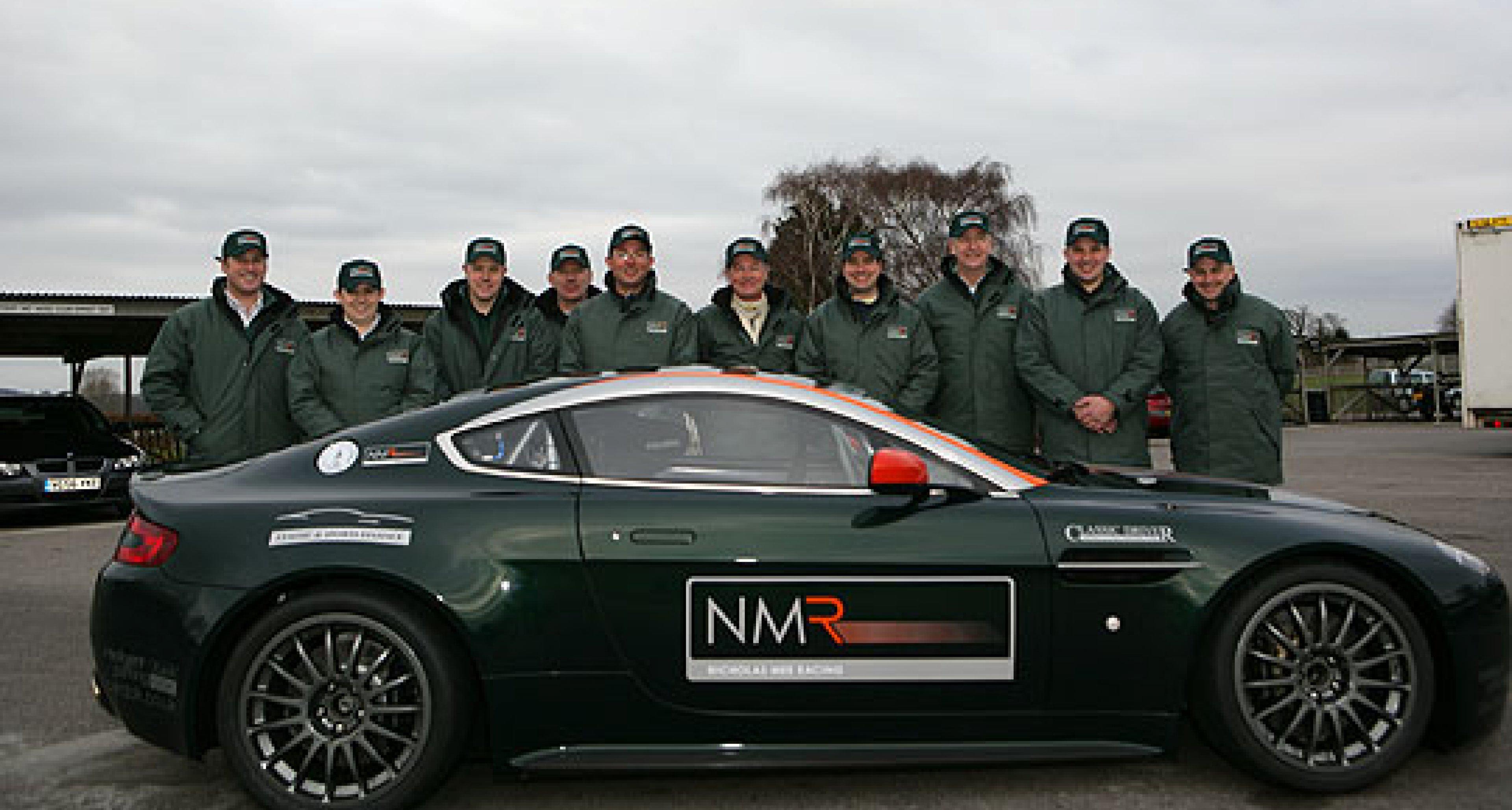 Händlerportrait: Nicholas Mee Racing: AMV8 GT4 in Goodwood