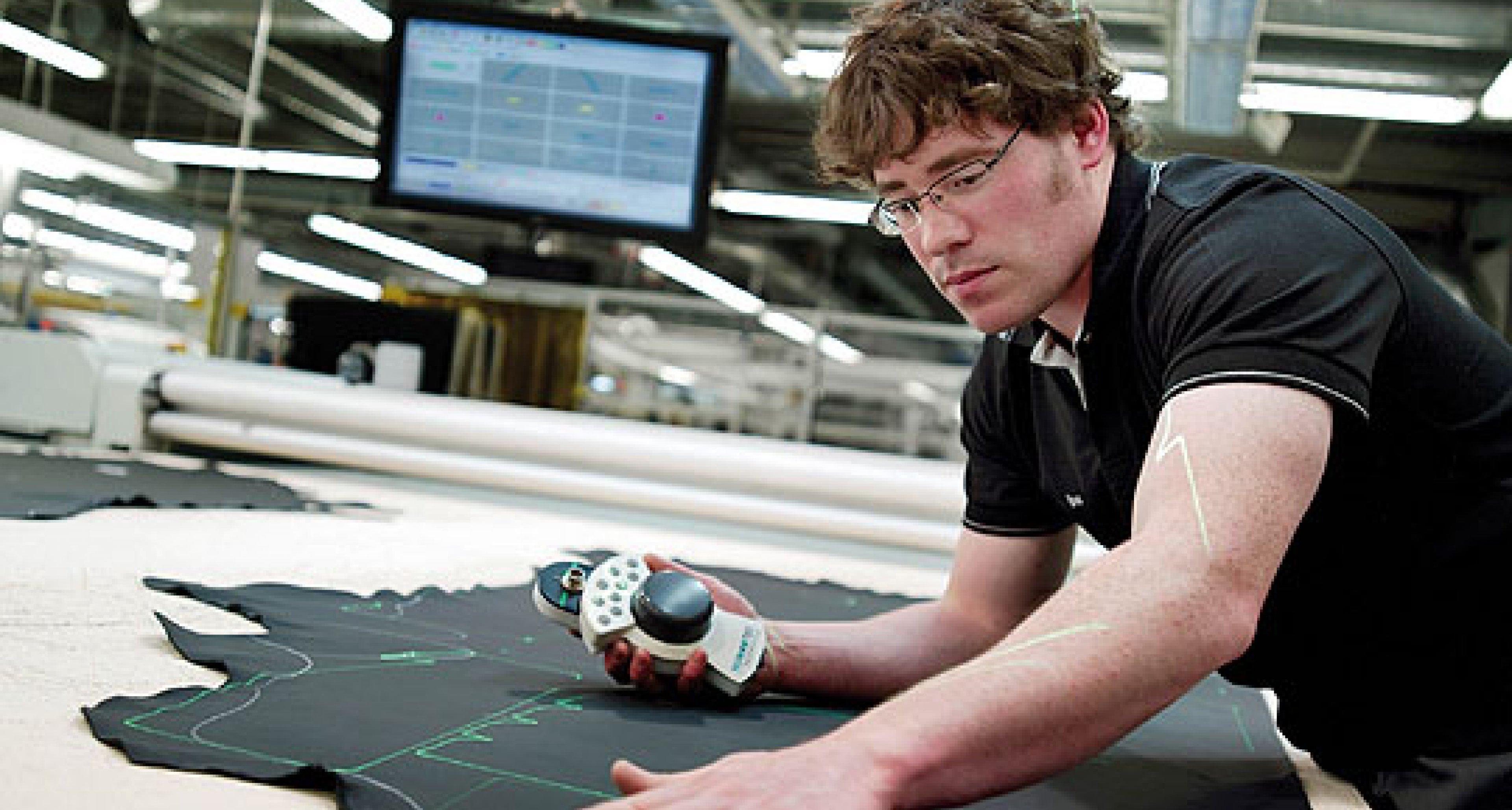 Rolls-Royce: Ghost Brings New Jobs