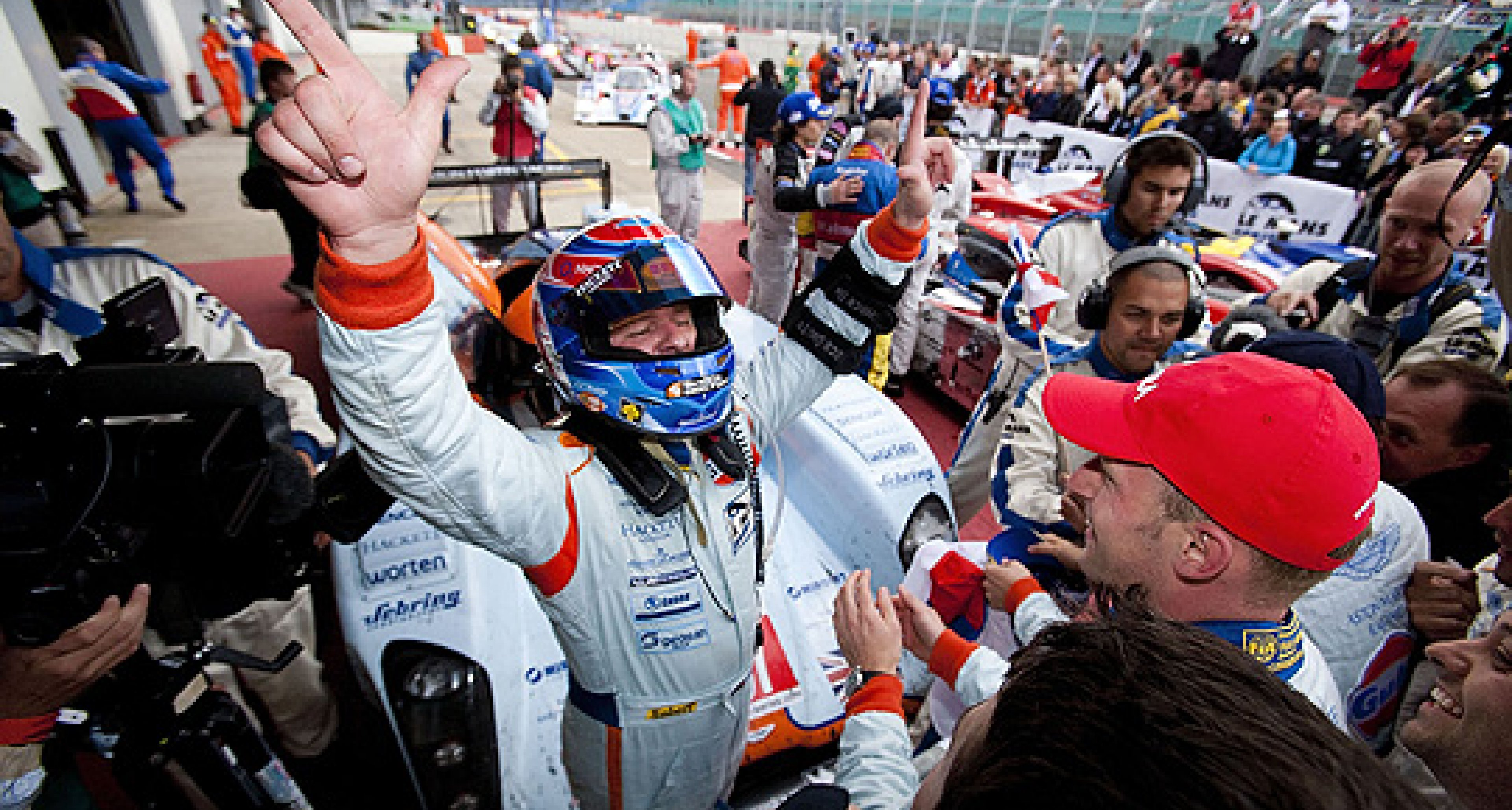 Aston Martin Racing Wins 2009 Le Mans Series