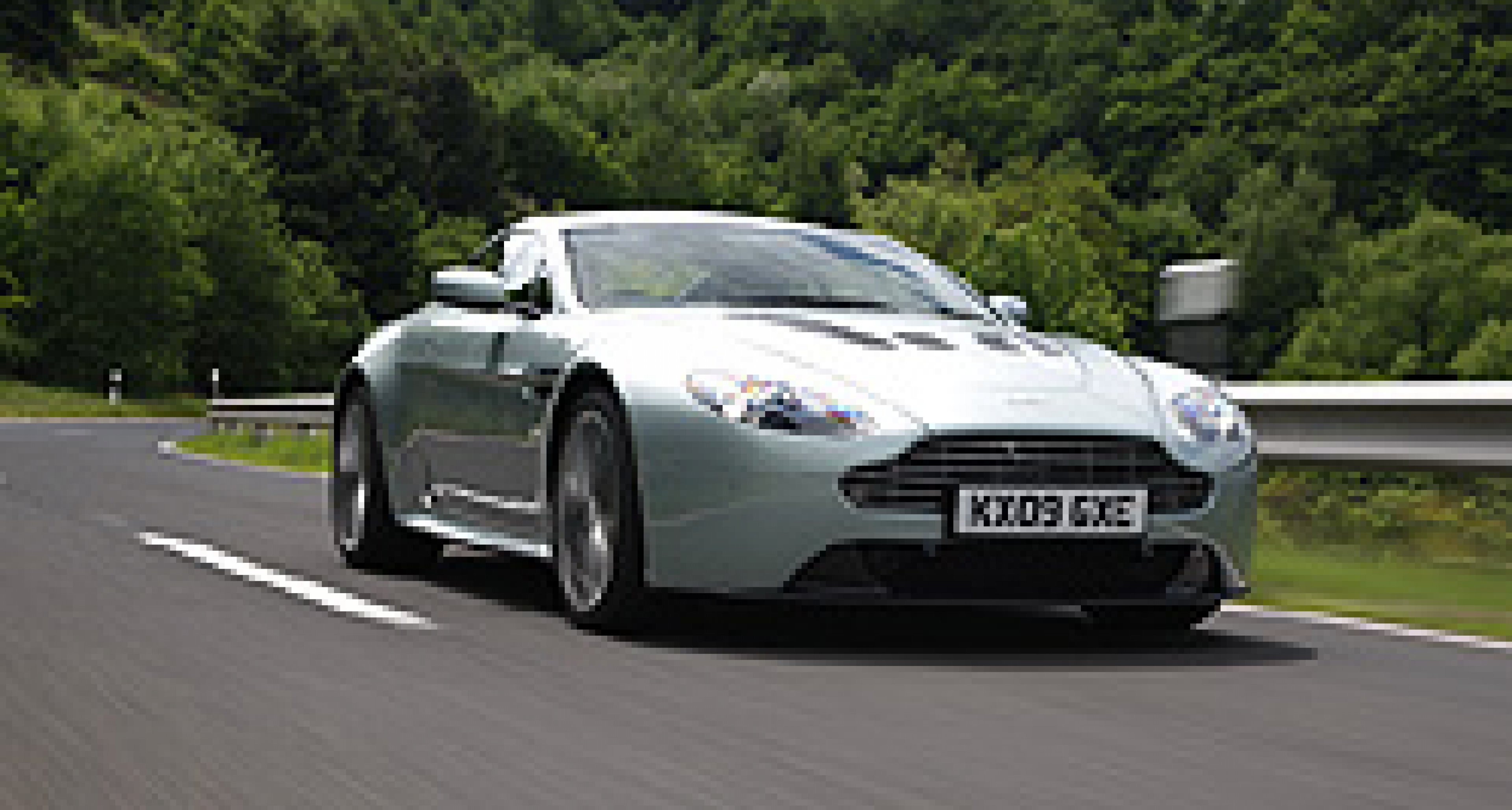 Aston Martin V12 Vantage to be Available in the Americas