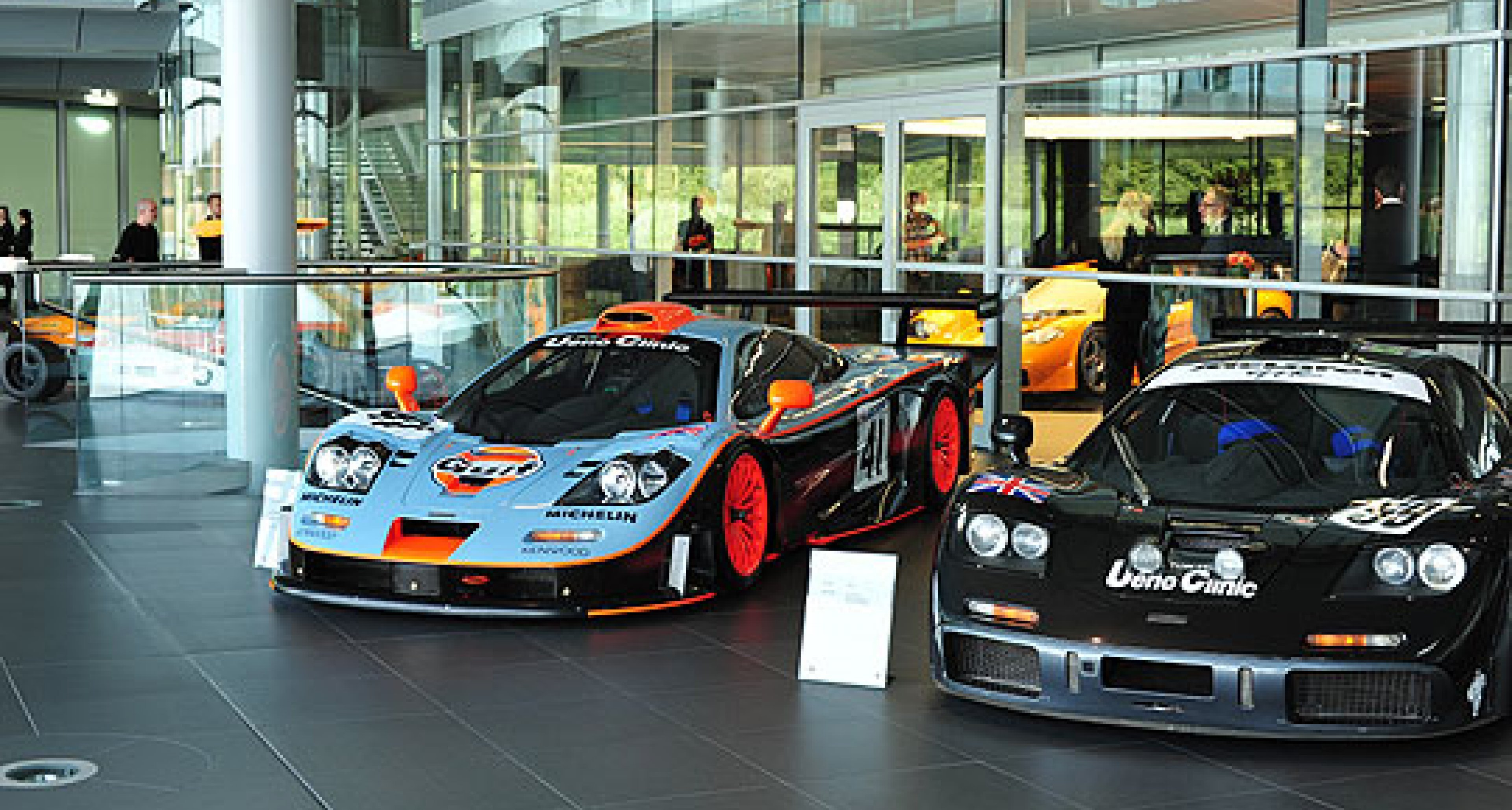 McLaren Automotive: First Deliveries of MP4-12Cs in Early 2011