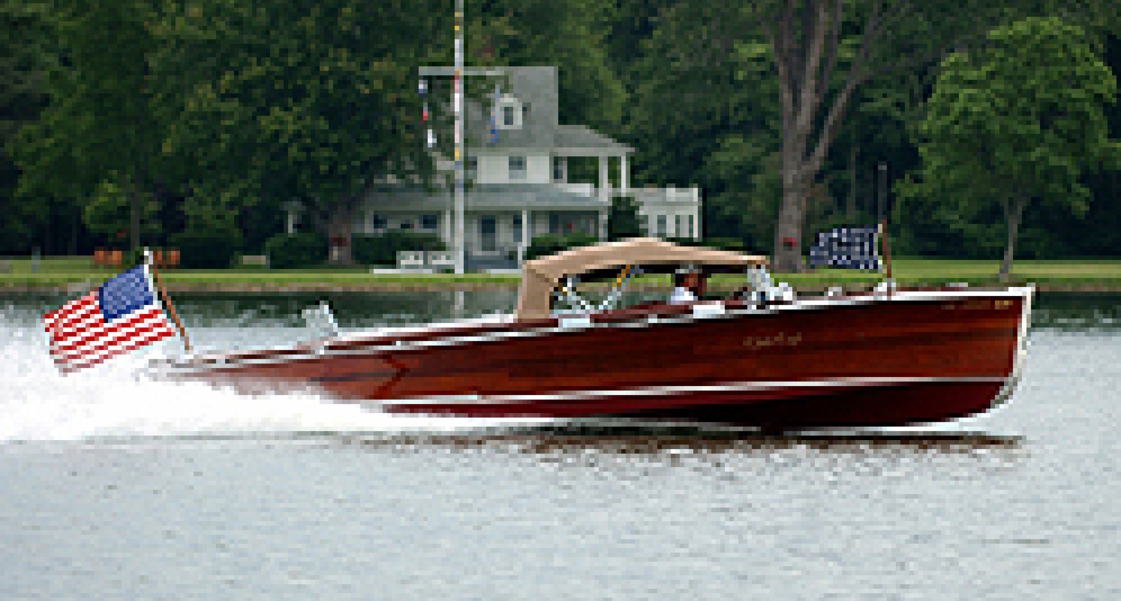100 Vintage Wooden Boats to Be Sold Without Reserve