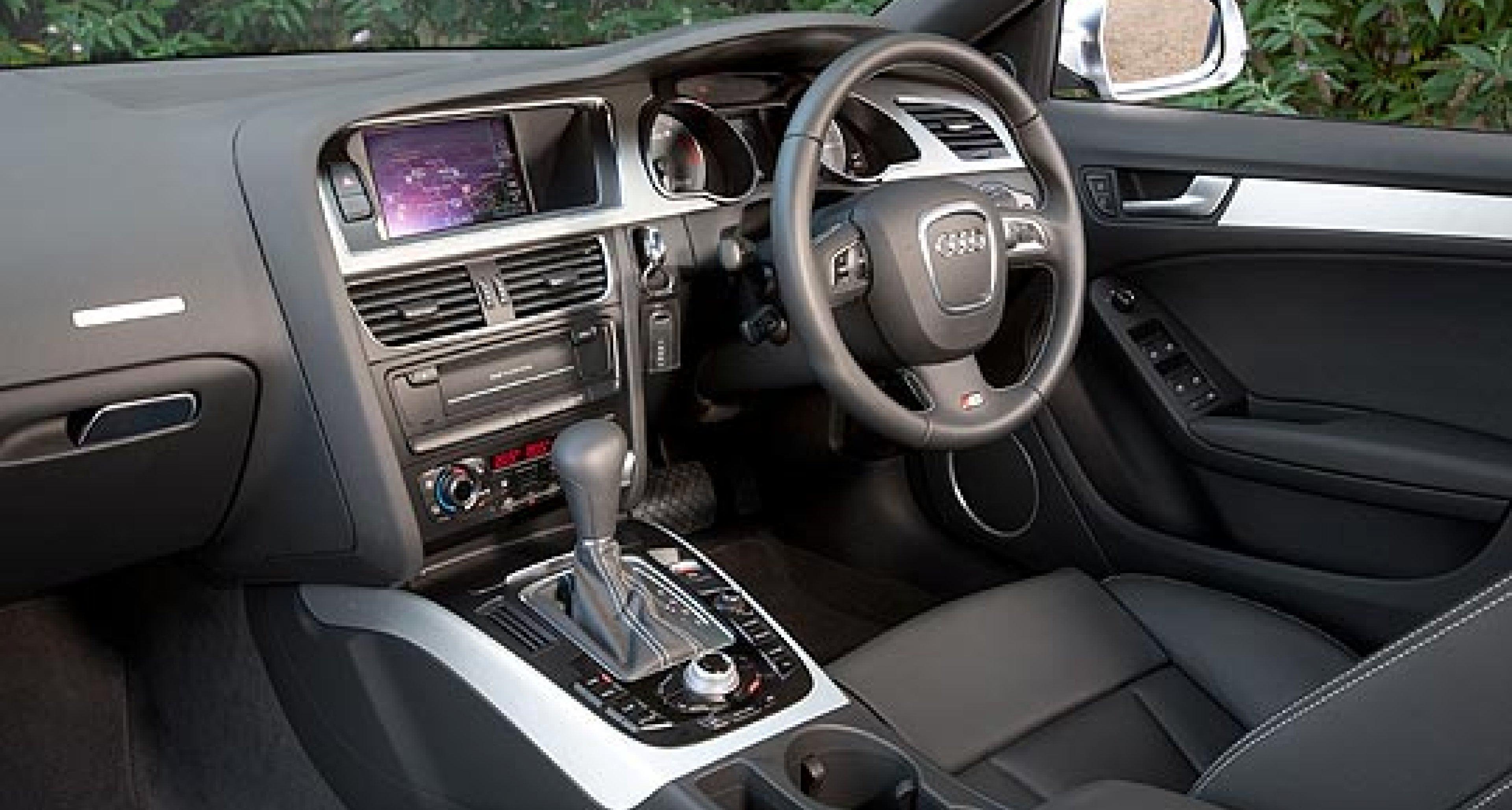 Audi S5 Sportback – Road Test by Tony Dron