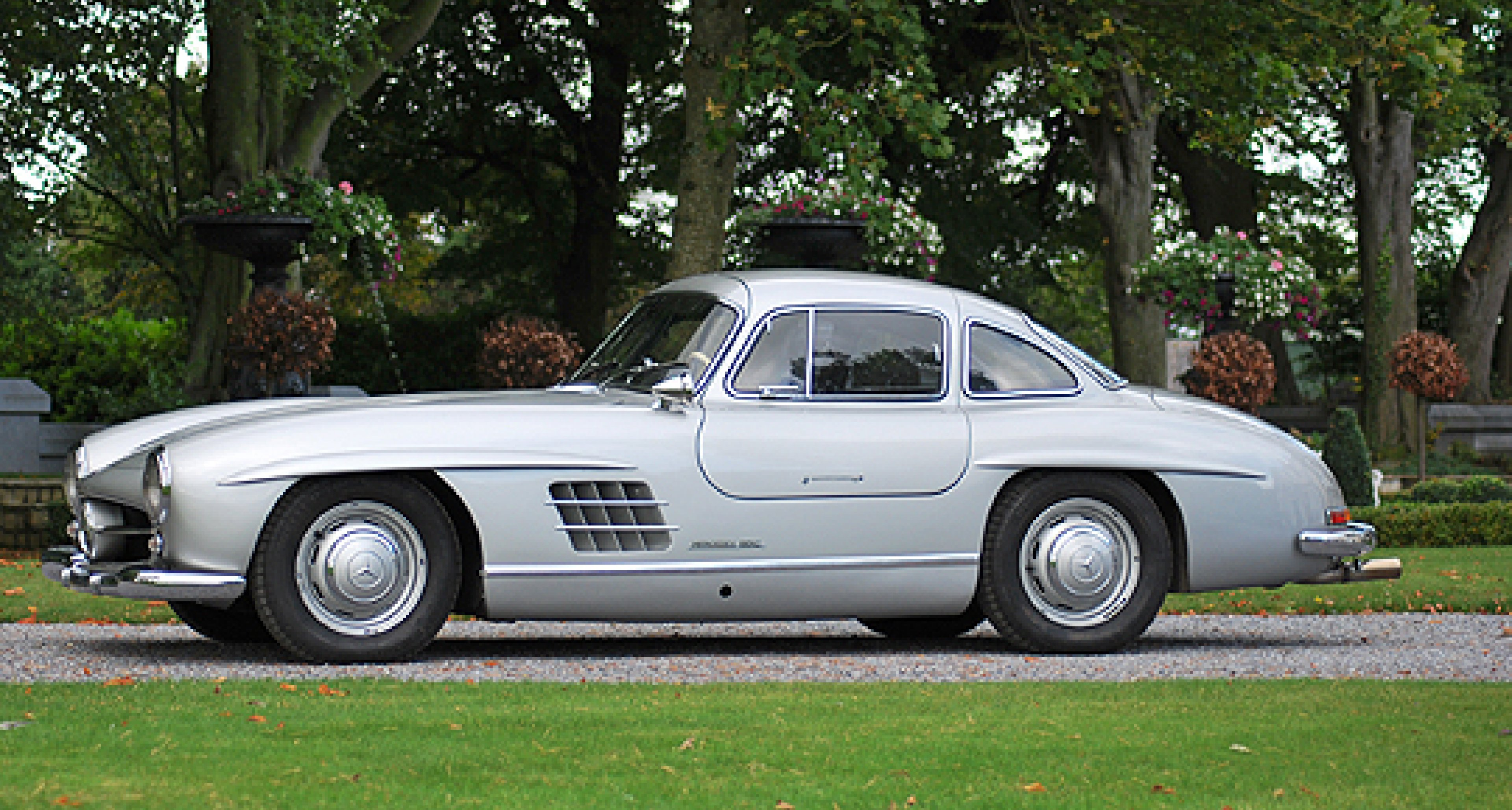 Bonhams-Nikolaus-Auktion in der Mercedes-Benz World