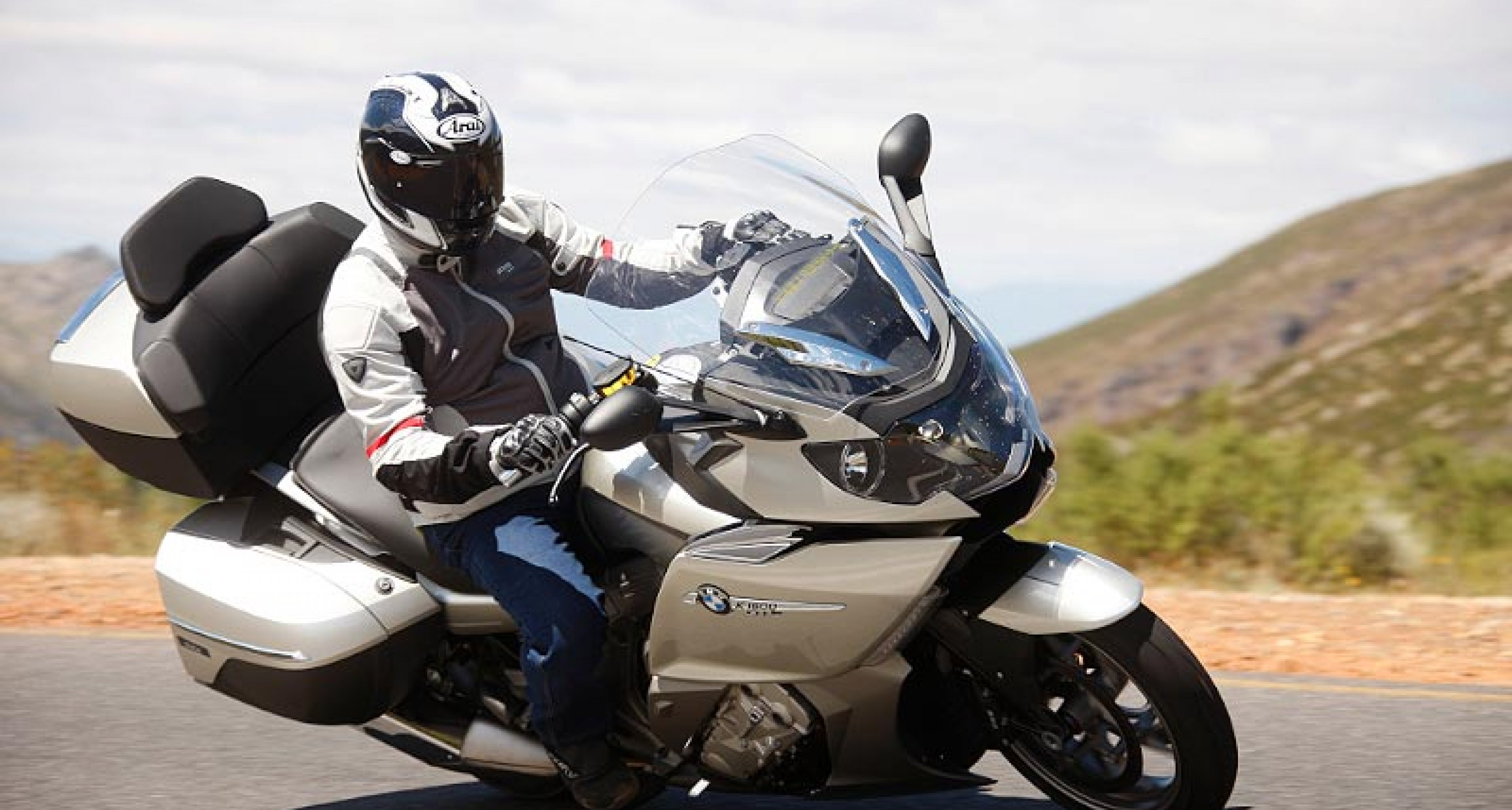BMW K1600 GT & GTL: First Ride