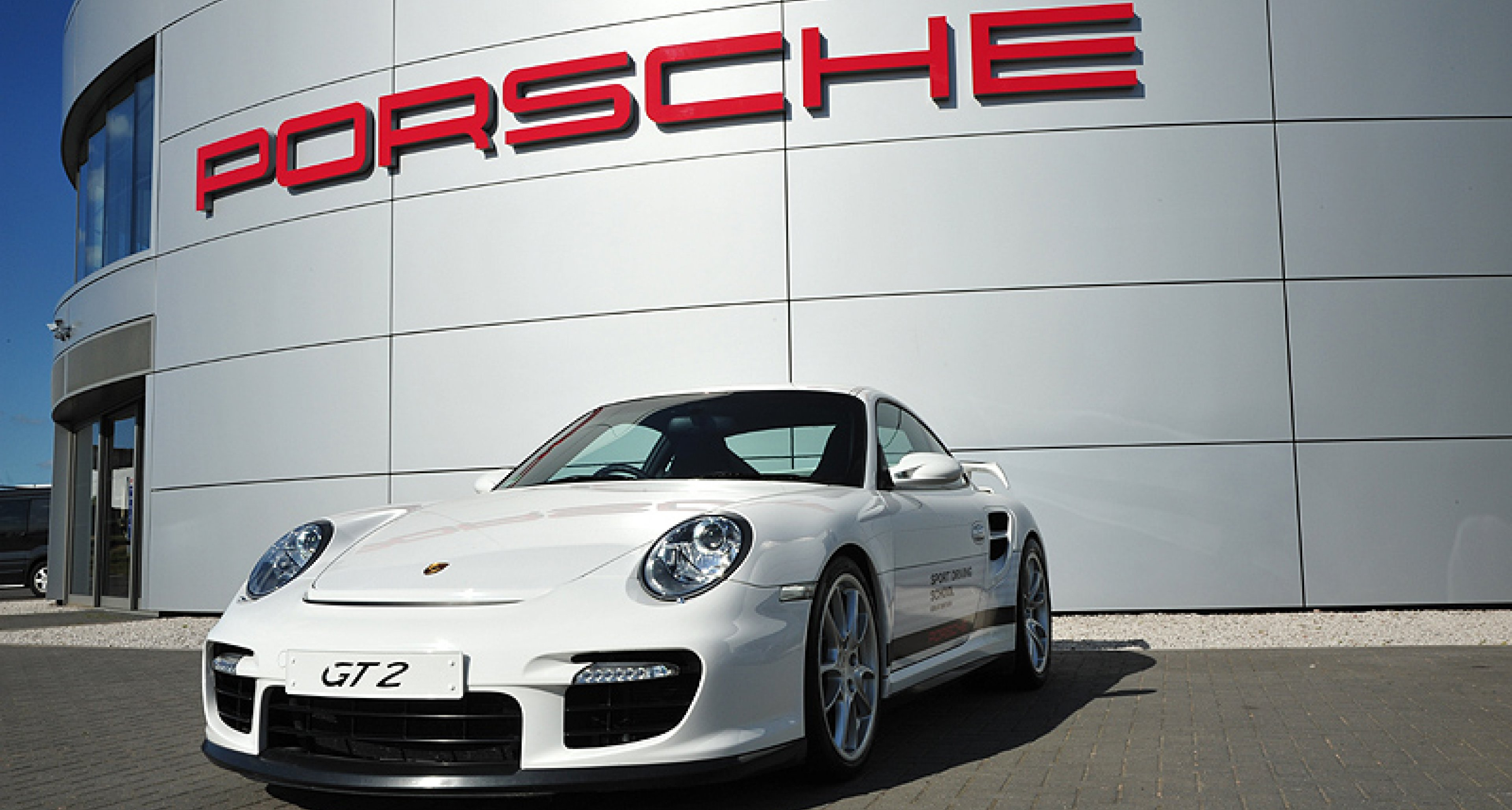 Porsche Experience Centre, Silverstone; 'Evolution 911', the Kick Plate, the Ice Hill and more...