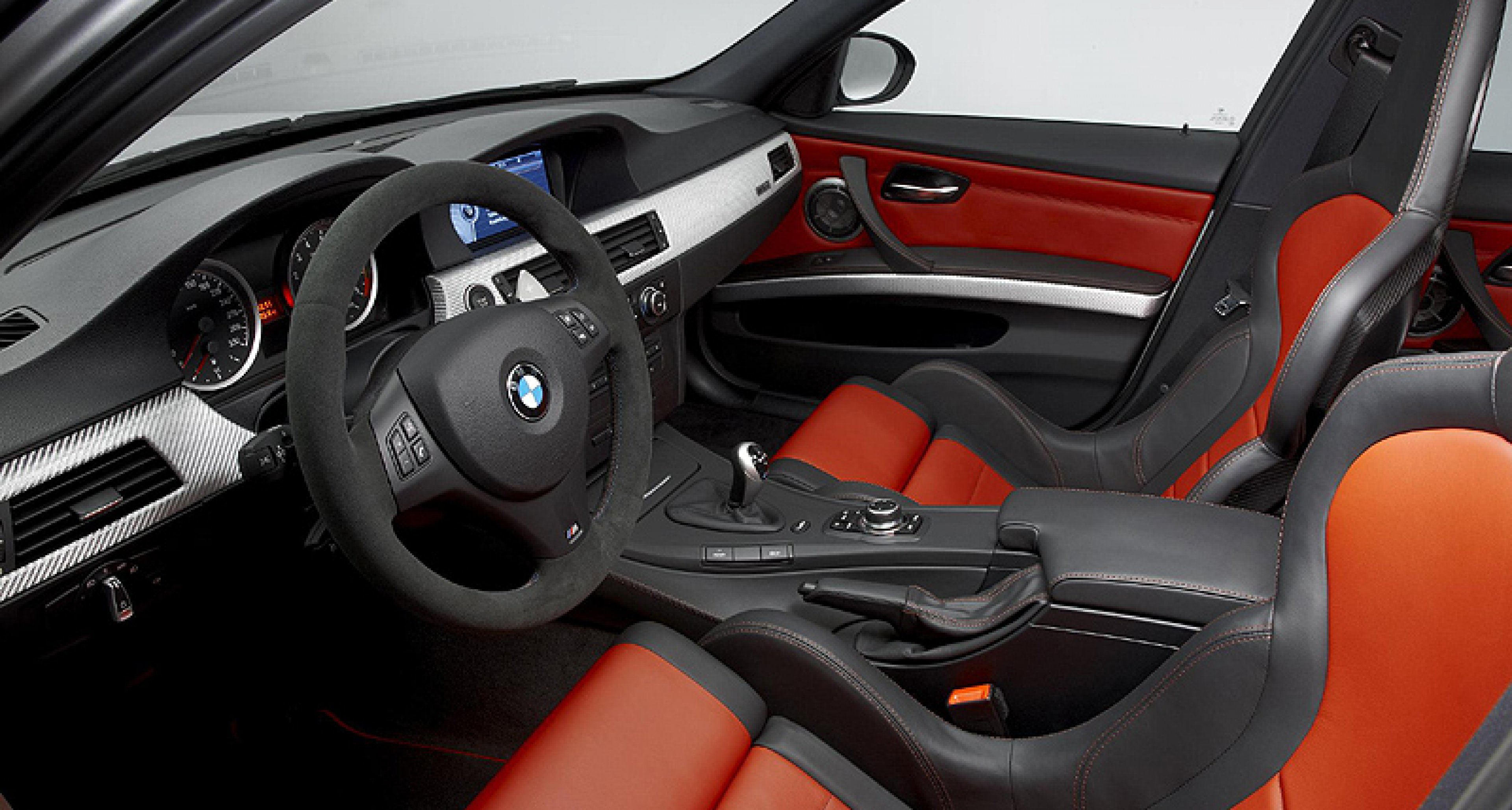 BMW M3 CRT: ultra-lightweight design