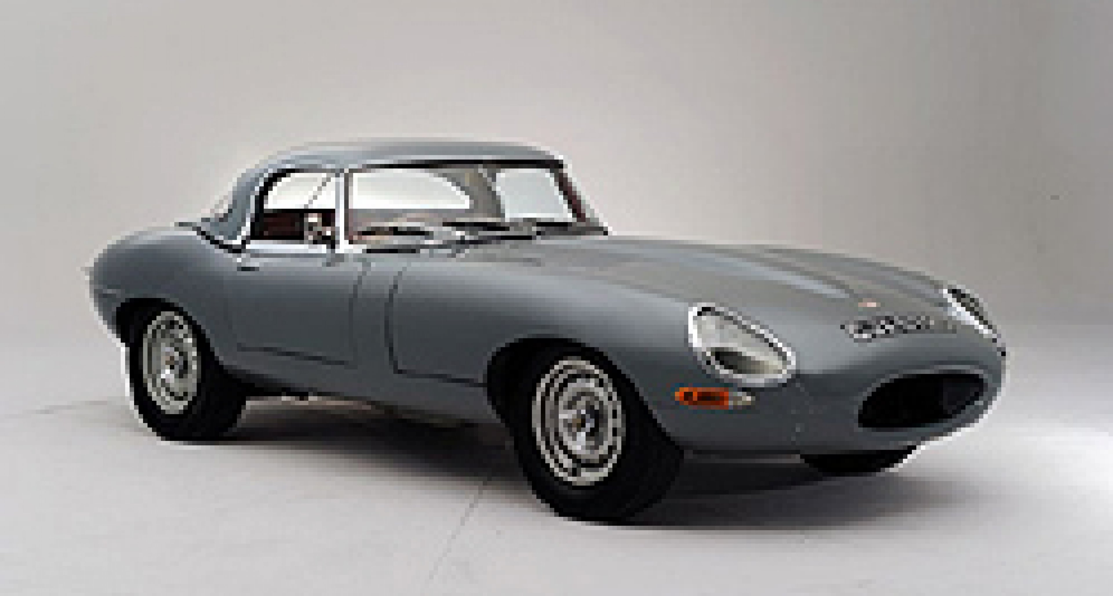 Bonhams to sell two significant Jaguars at the Revival