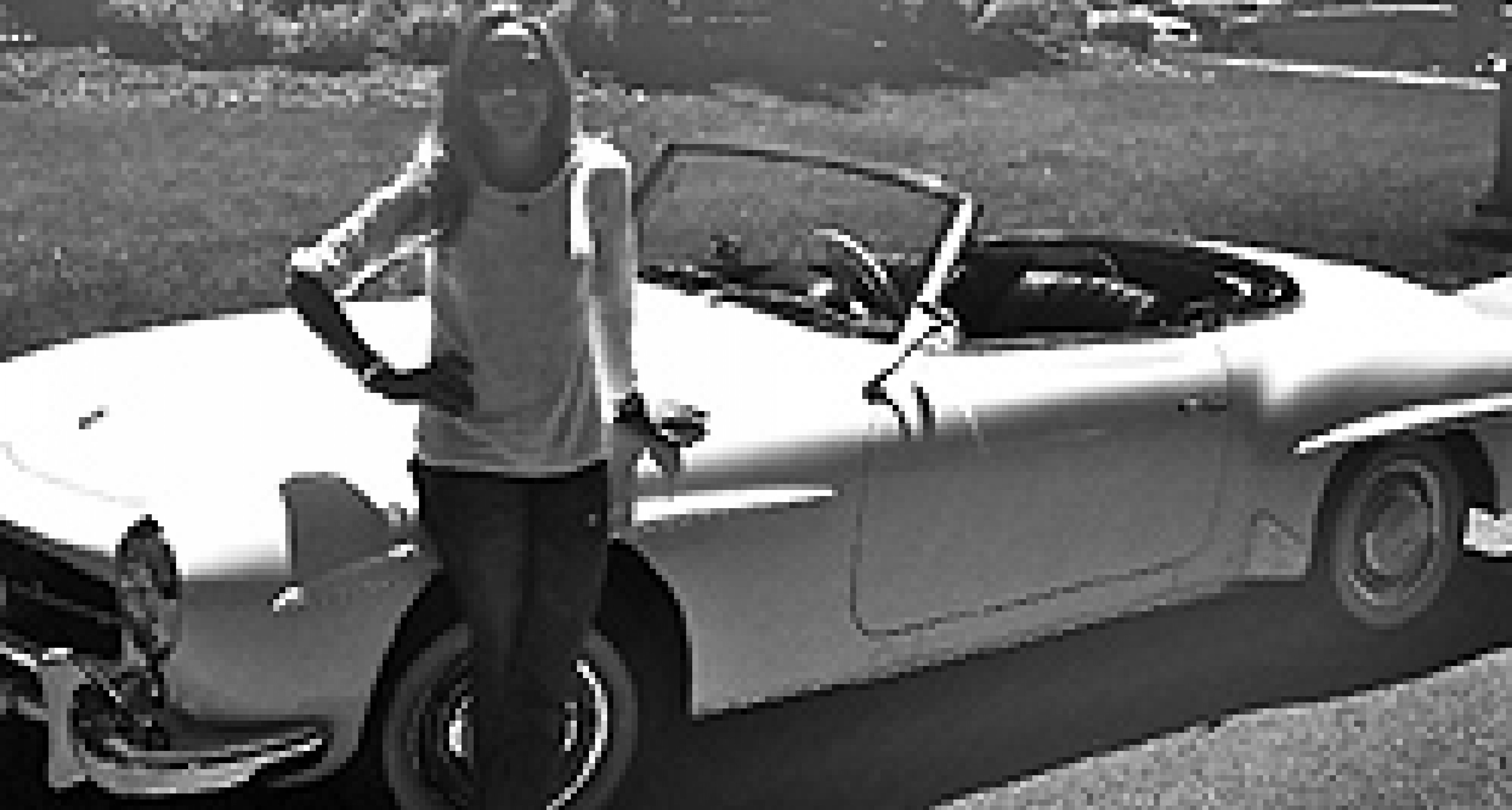 Gooding & Company to auction Sheryl Crow's Mercedes 190 SL in aid of Joplin tornado victims