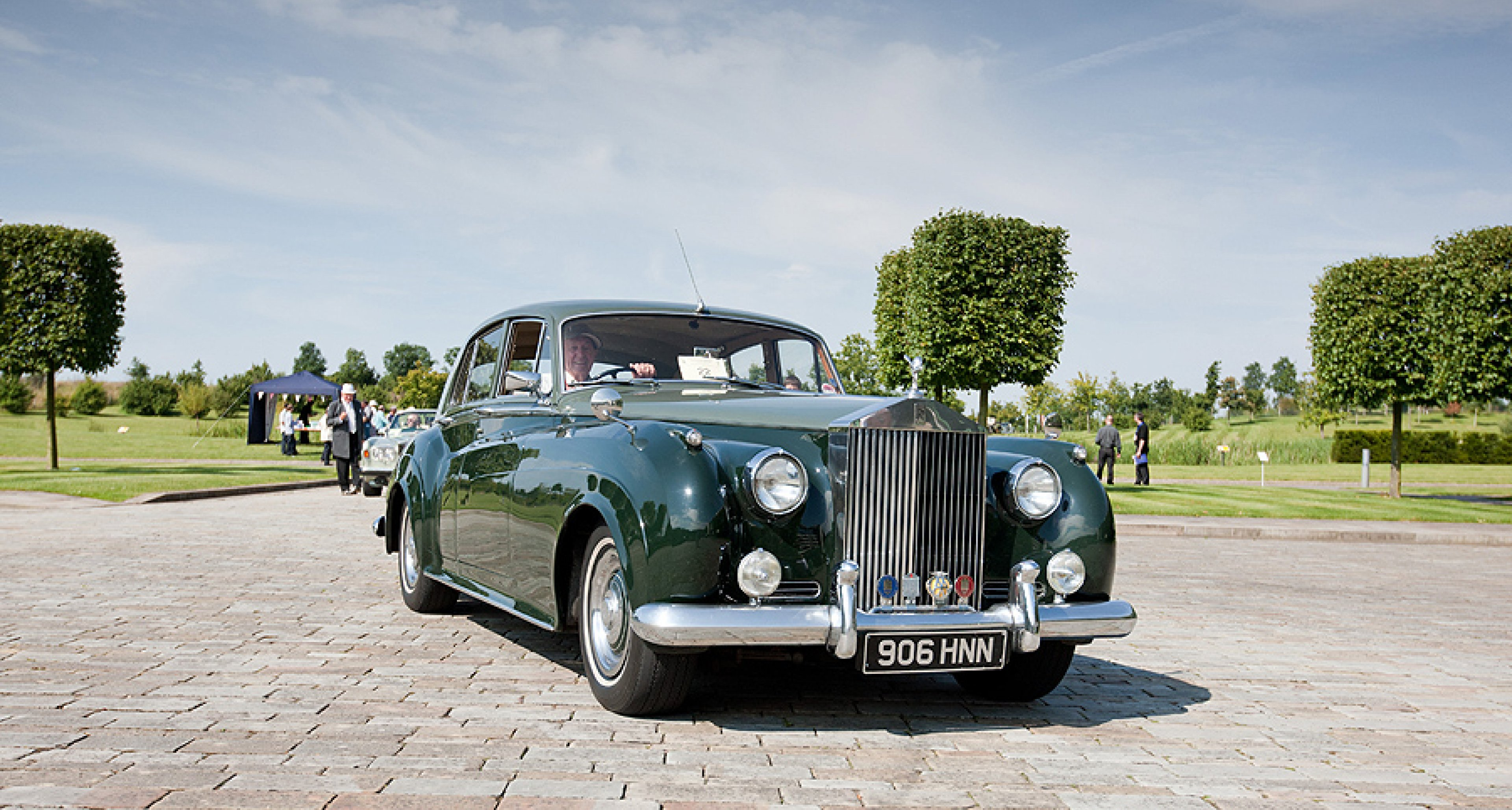 100 Motor Cars For Years Rolls Royce Celebrates At Goodwood