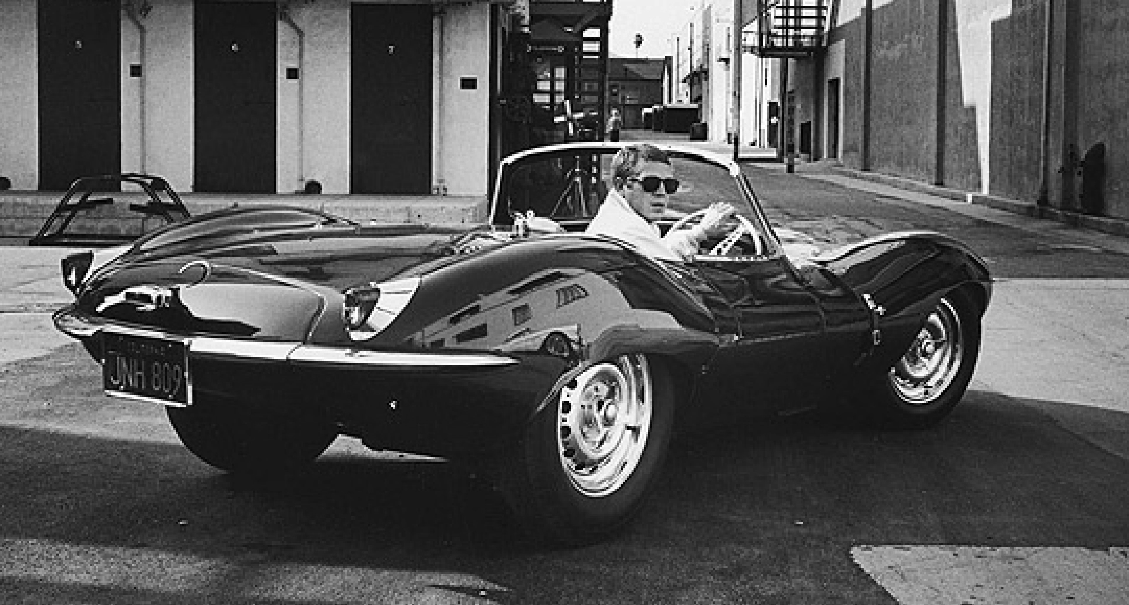 The Gentleman's Library: Steve McQueen – A Passion for Speed