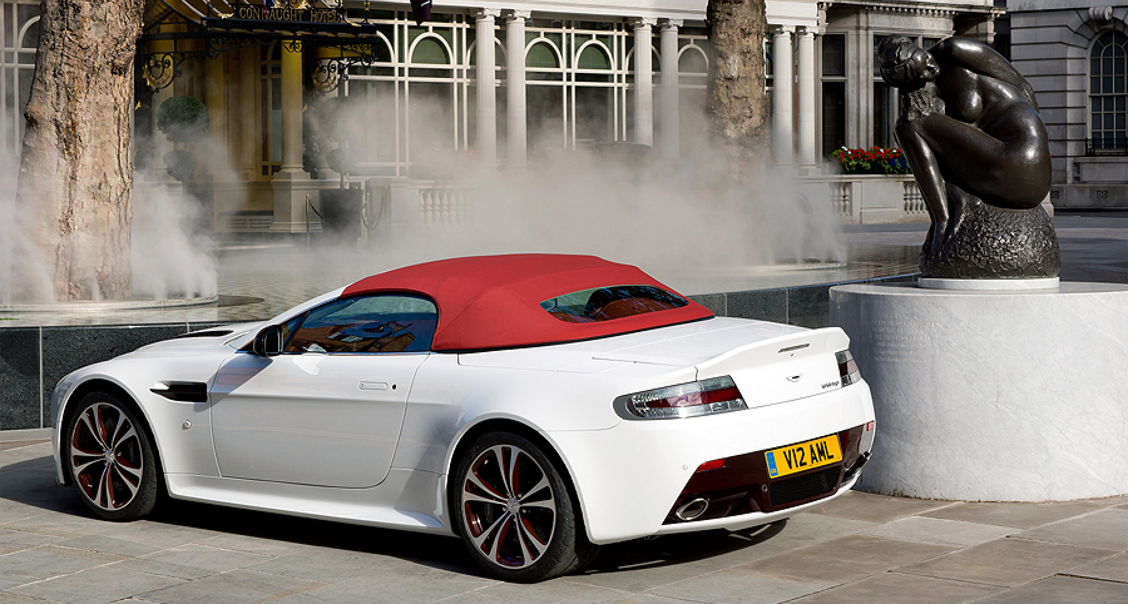 Aston Martin V12 Roadster Limited Edition For Selected Markets Worldwide Classic Driver Magazine