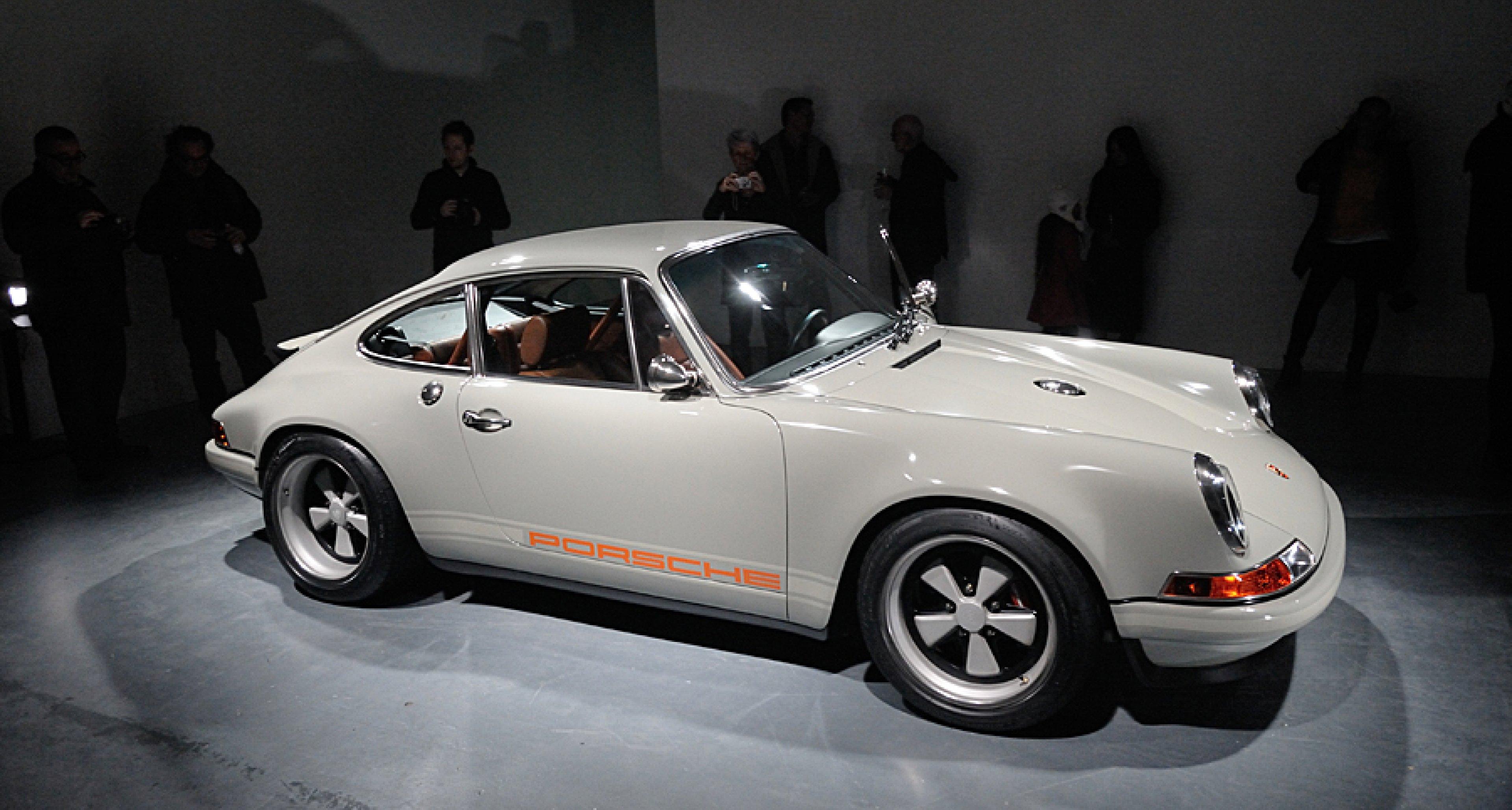 porsche 911 39 restored reimagined reborn 39 by singer. Black Bedroom Furniture Sets. Home Design Ideas