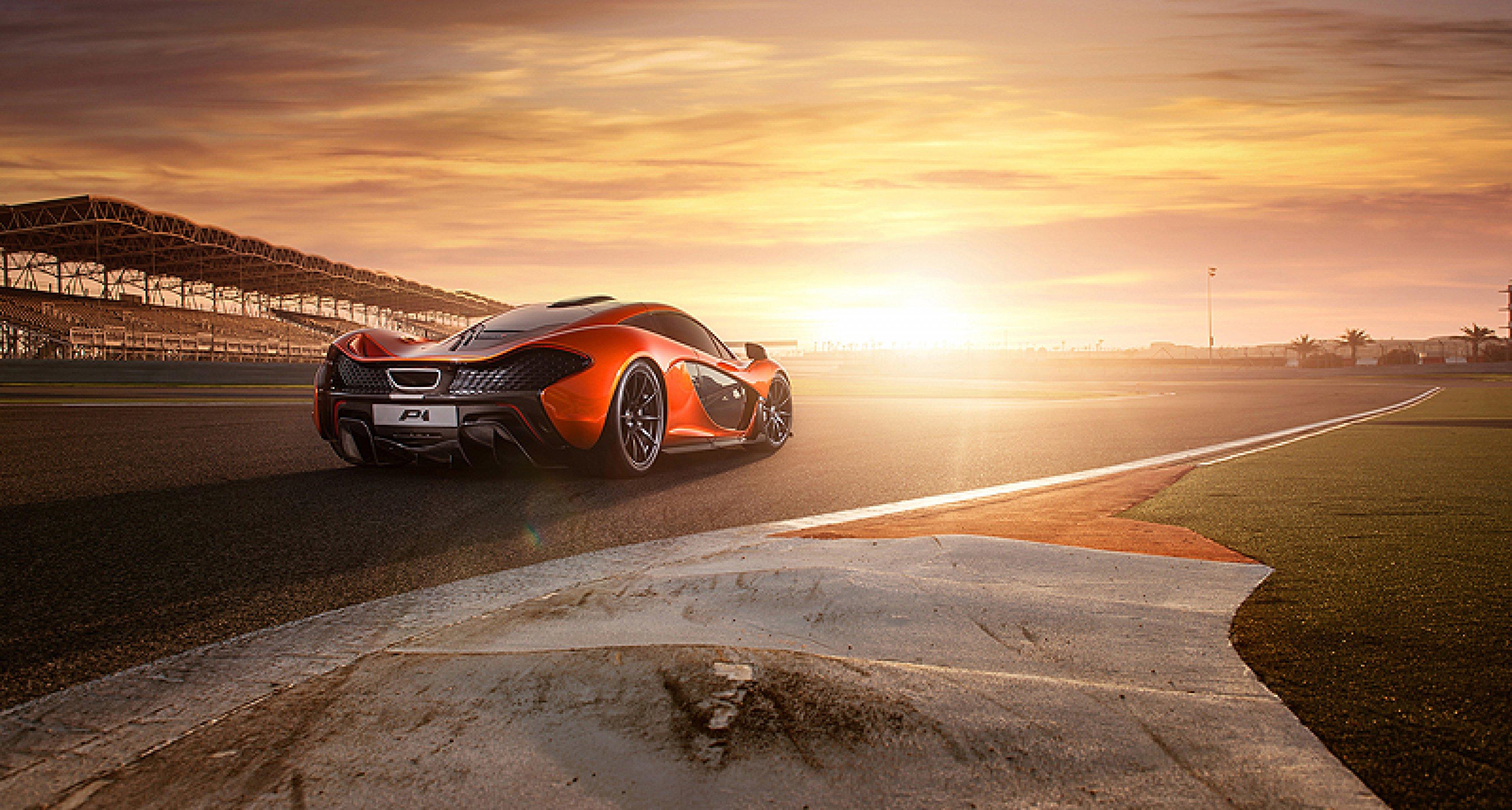 McLaren P1 on Tour in Bahrain: Photo gallery
