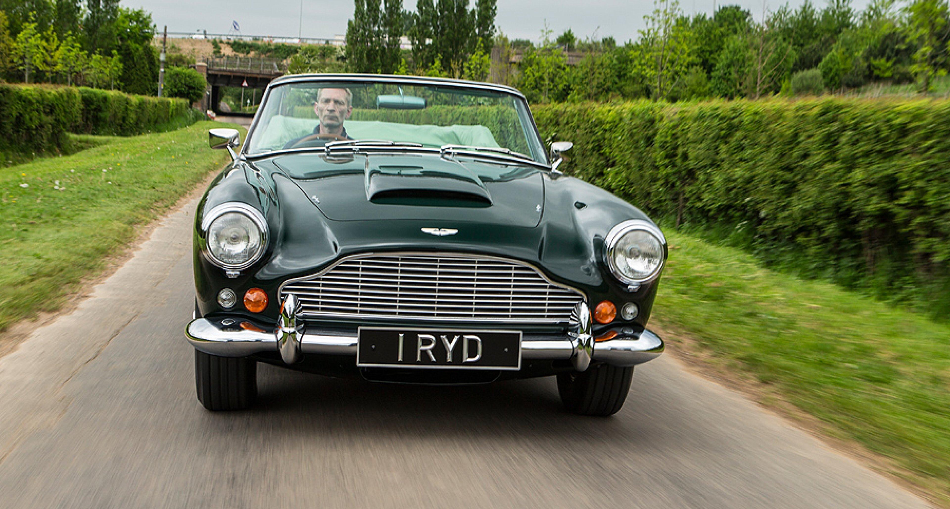Aston Martin Db4 Convertible Auf Der Sonnenseite Classic Driver Magazine