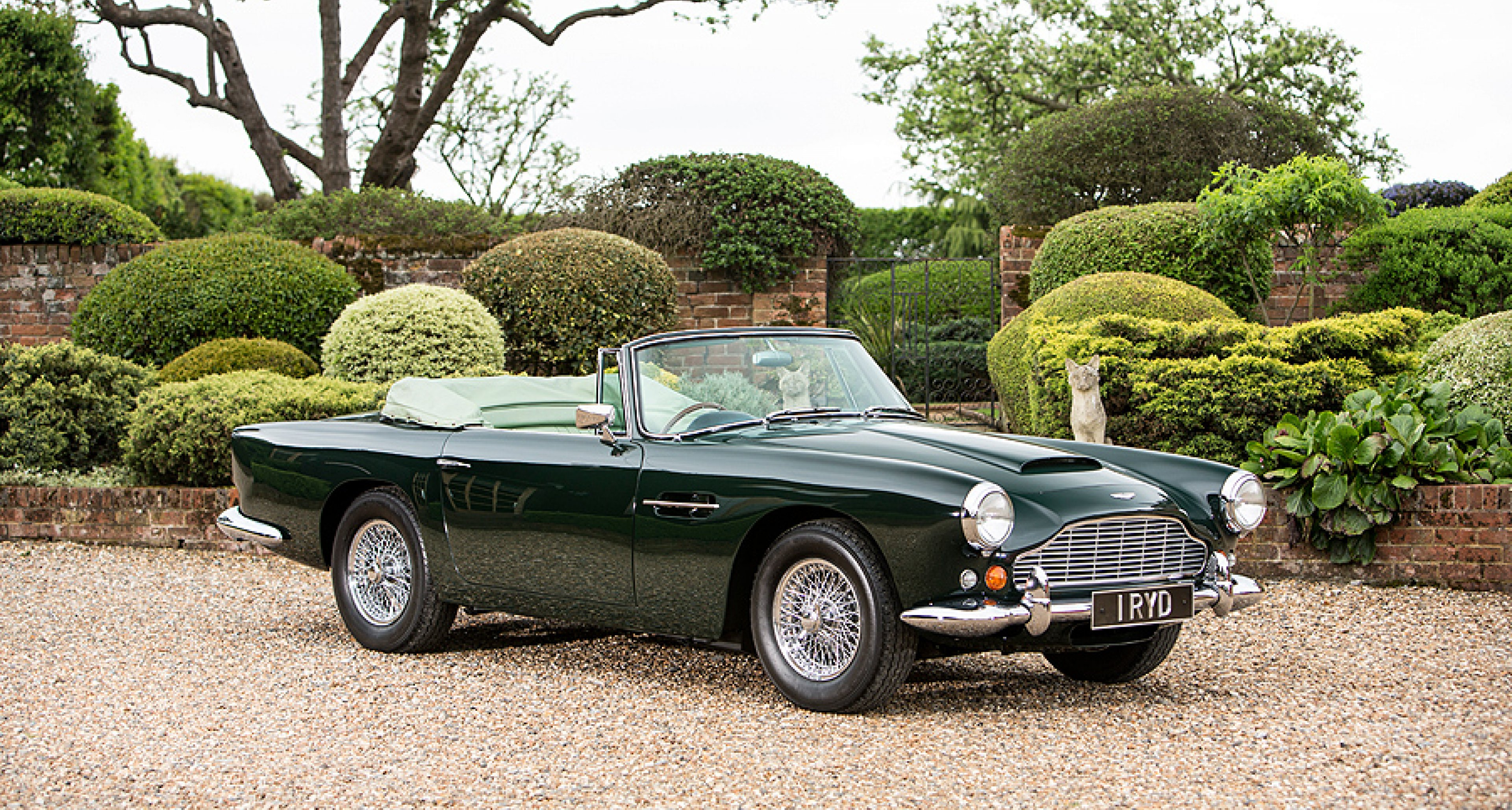 Aston Martin Db4 Convertible Never In The Shade Clic Driver Magazine